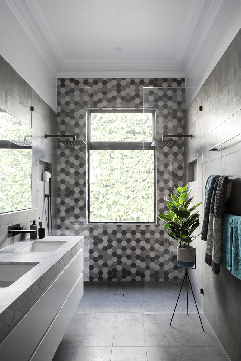 grey black and white modern bathroom 080317 357 02a 590364c85f9b5810dcf10e9e jpg