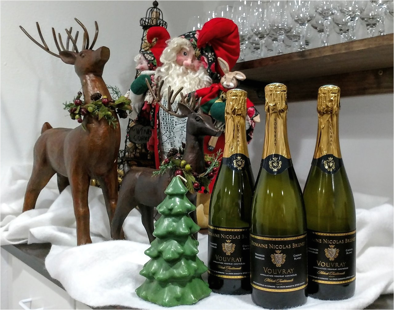 houston sommeliers picks for best sparkling wines for the holidays
