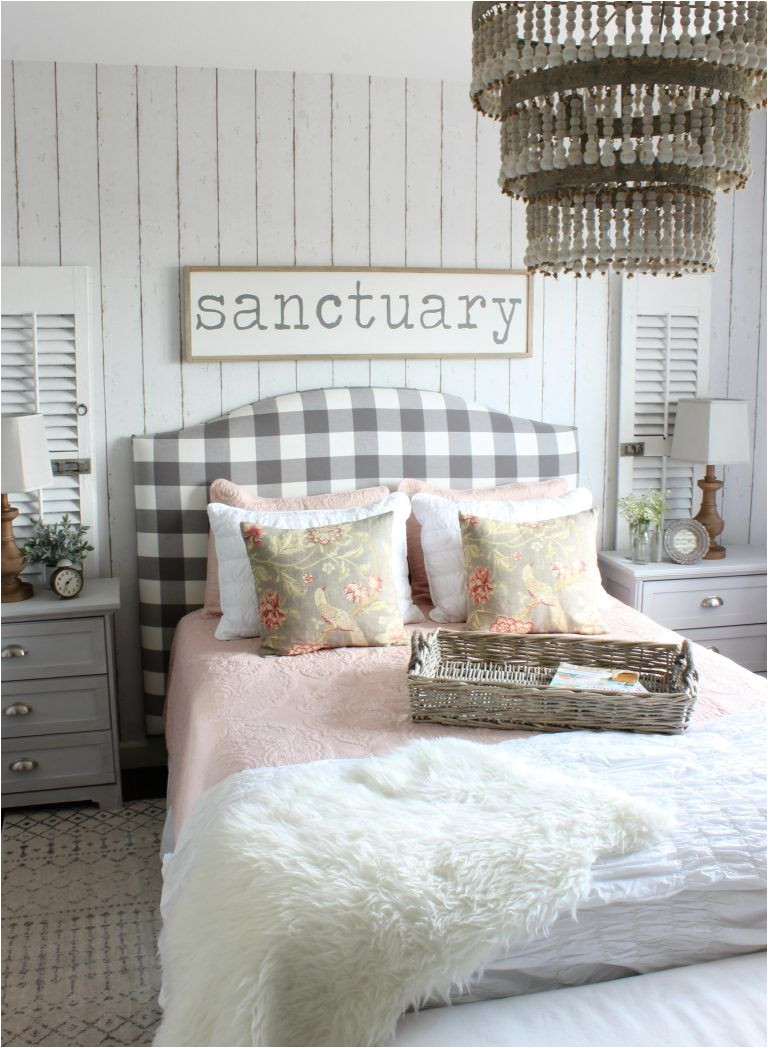2017 summer home cottage style bedroom pink and gray