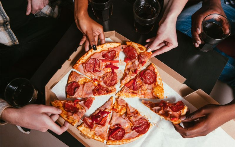 Pizza Places In Jacksonville Nc that Deliver How Much to Tip Pizza Delivery Drivers