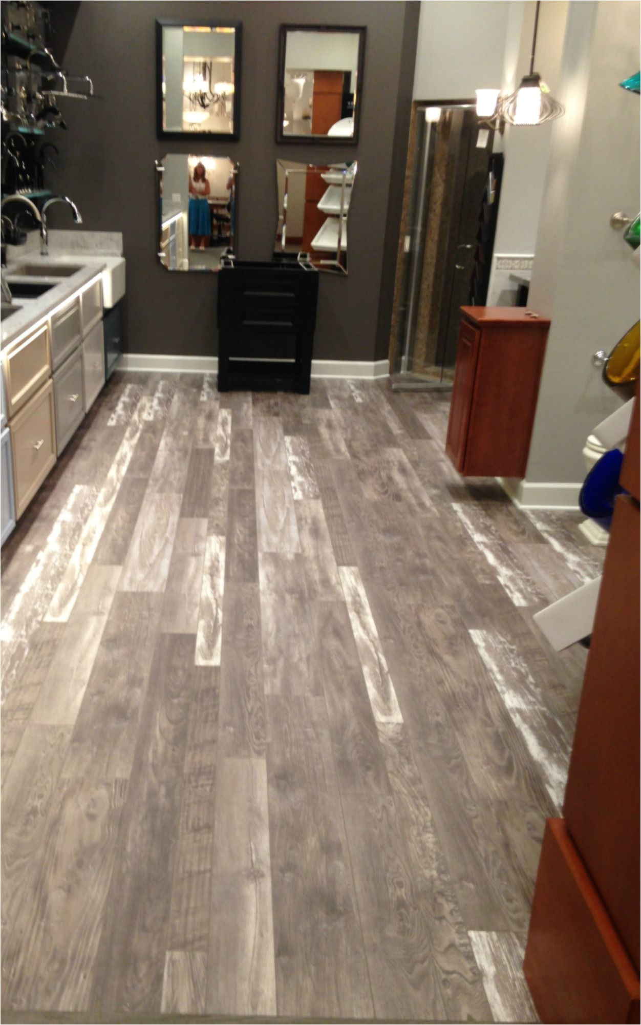Premier Glueless Laminate Flooring Arcadian Oak Oh My This Beautiful Architectural Remnants Laminate Floor From