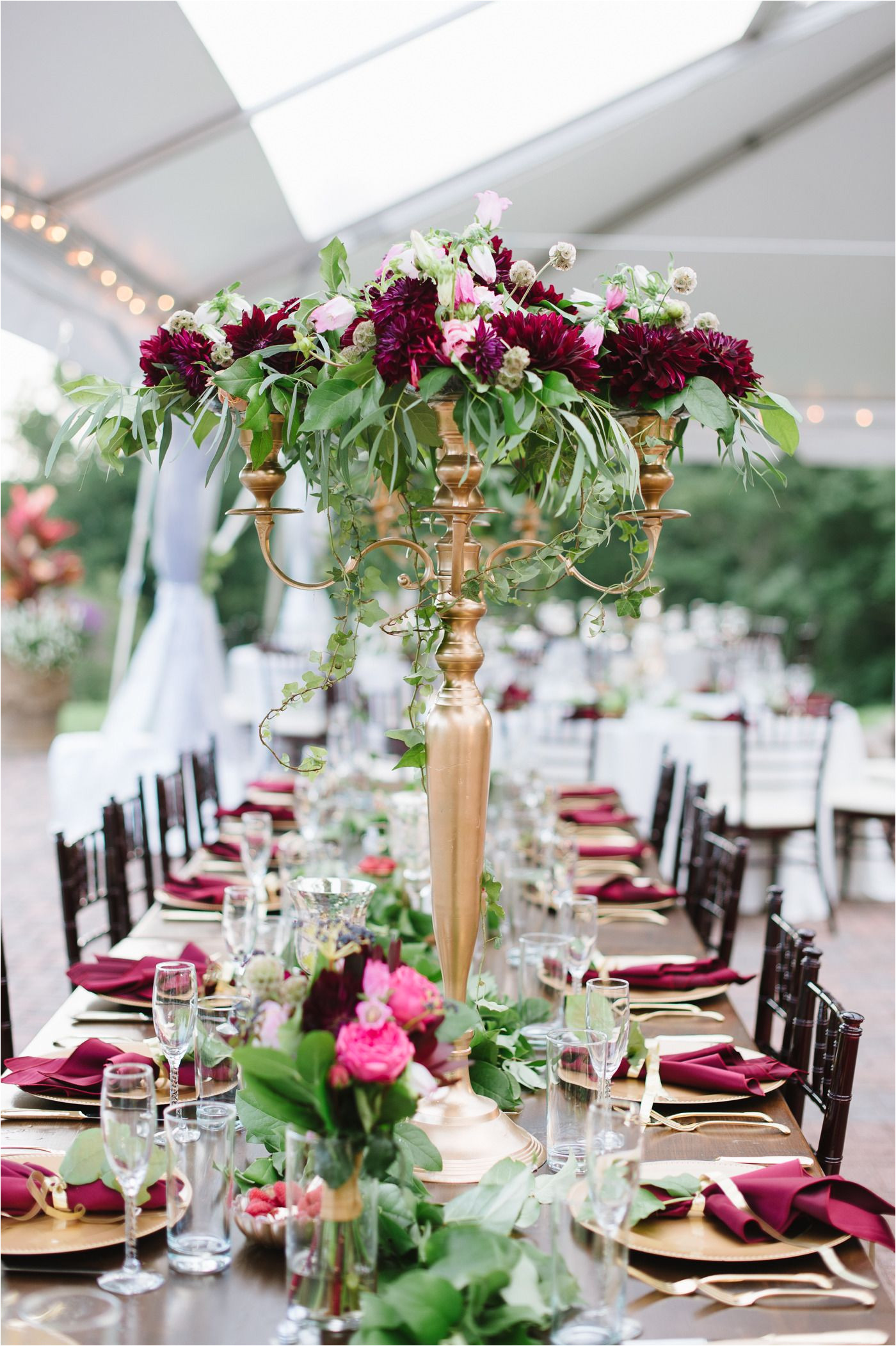 wedding centerpieces getting the best wedding centerpieces could be tough check out our free guide on wedding centerpieces it will help you make a