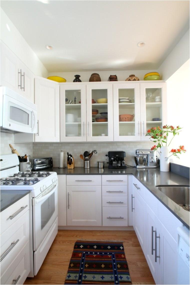 no contar con una enorme cocina no debe ser motivo de desazn al contrario debe motivarnos para decorar nuestro pequeo espacio de la manera ms armoniosa with
