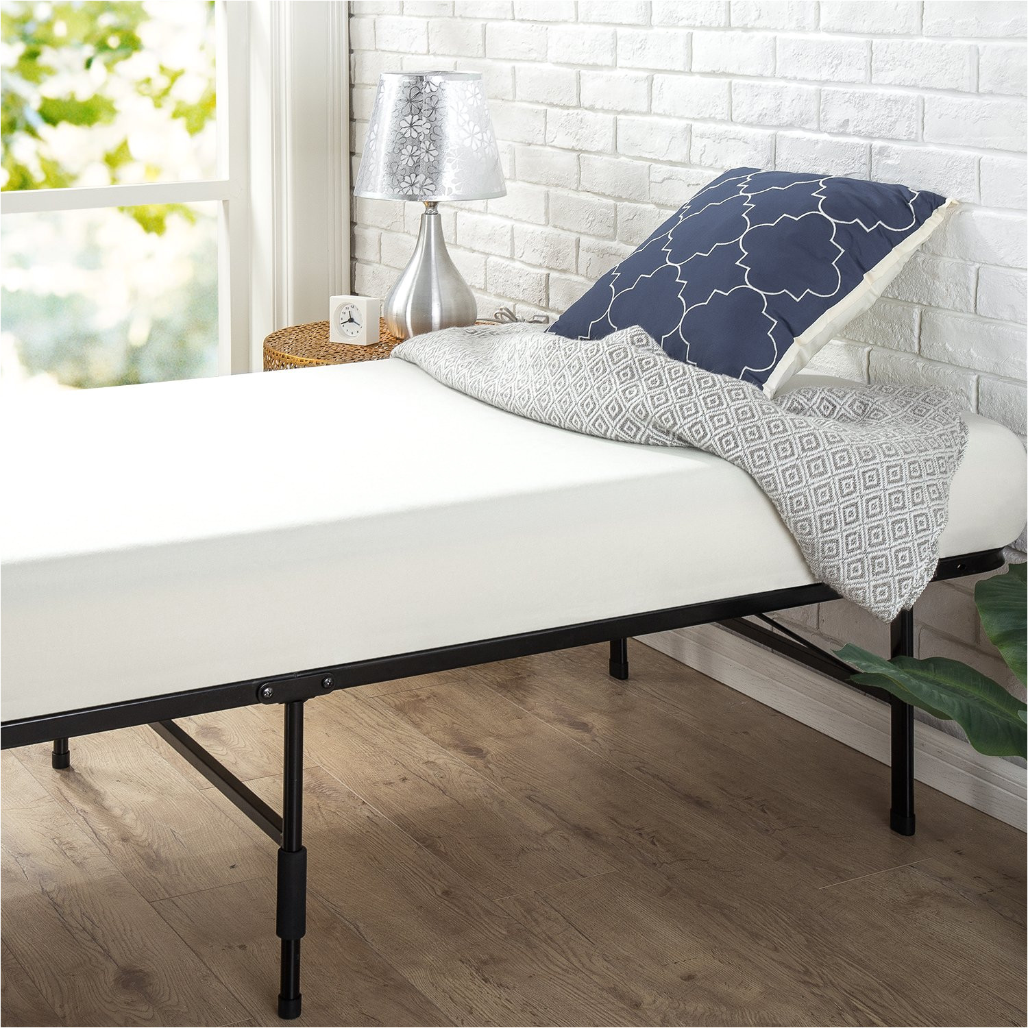 get quotations a zinus 14 inch smartbase mattress foundation cot size 30 x 75