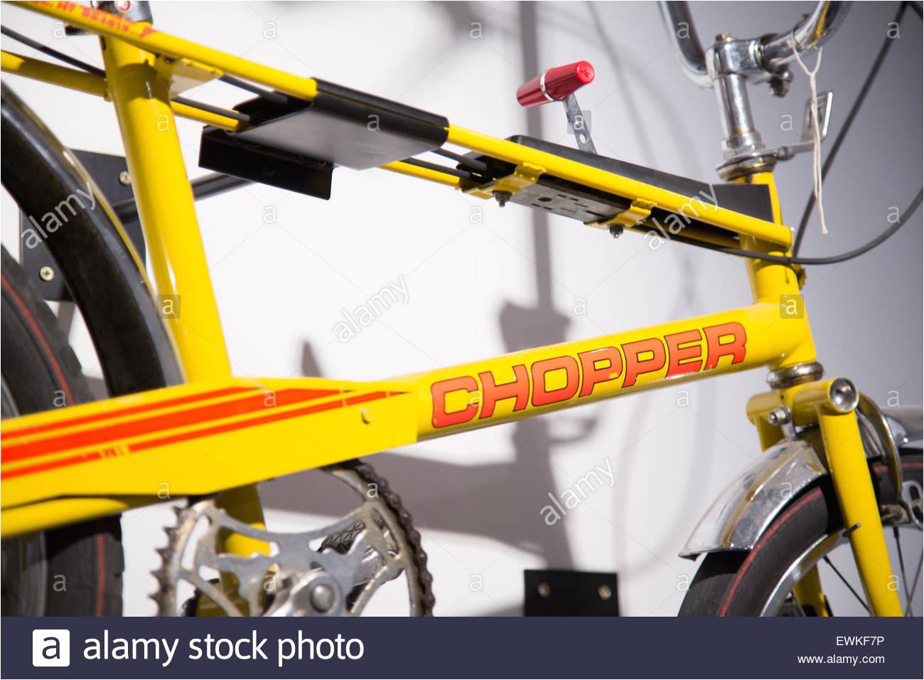raleigh chopper fahrrad vintage retro fahrrad an der coventry transport museum stockbild