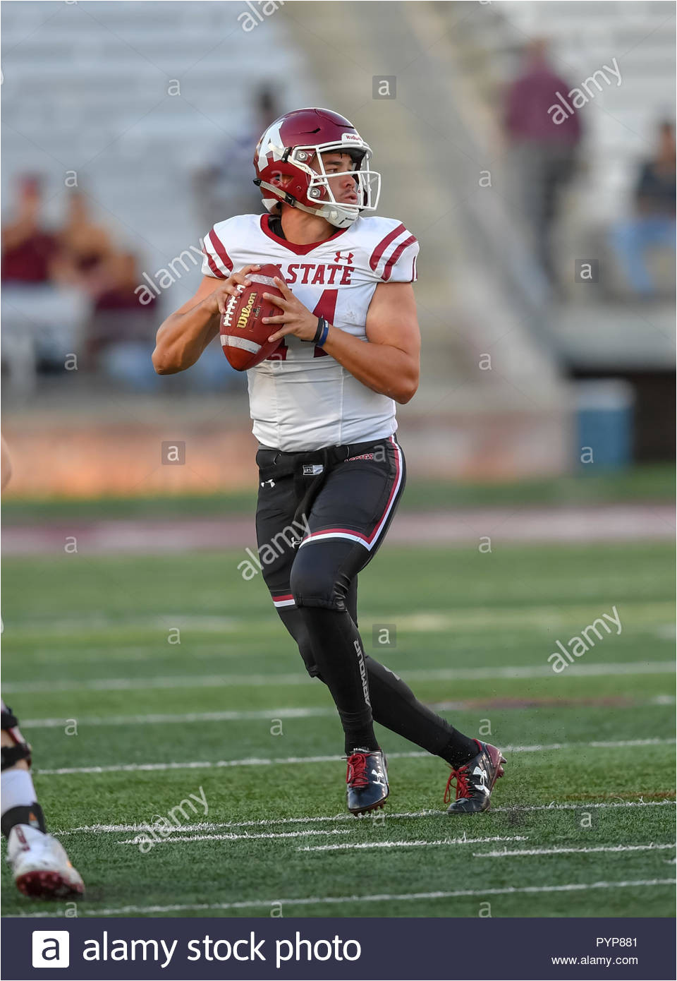 san marcos tx usa 27th oct 2018 new mexico state quarterback josh adkins 14 during the ncaa football game between the texas state university