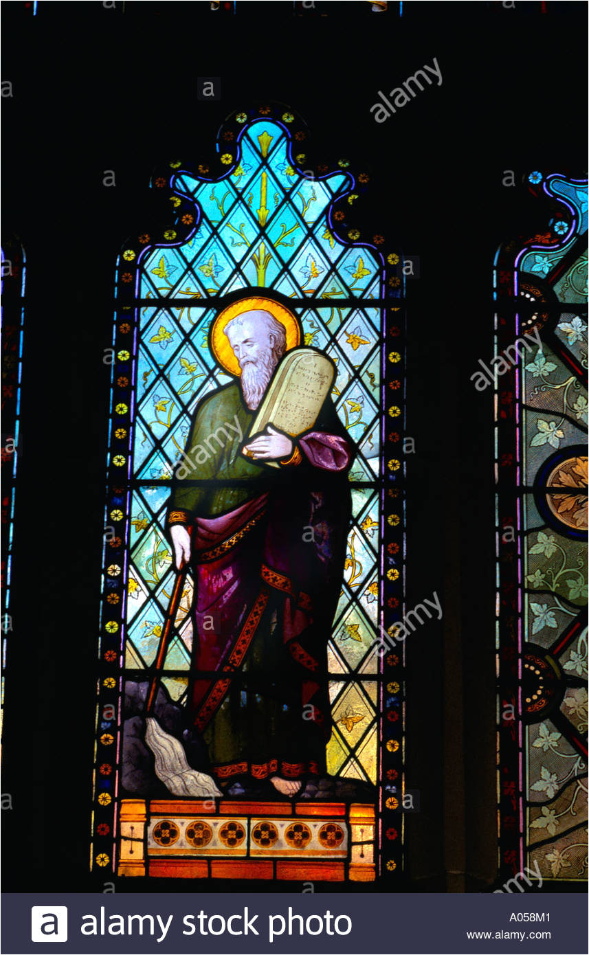 aylesbury buckinghamshire england moses and the ten commandments stained glass window stock image