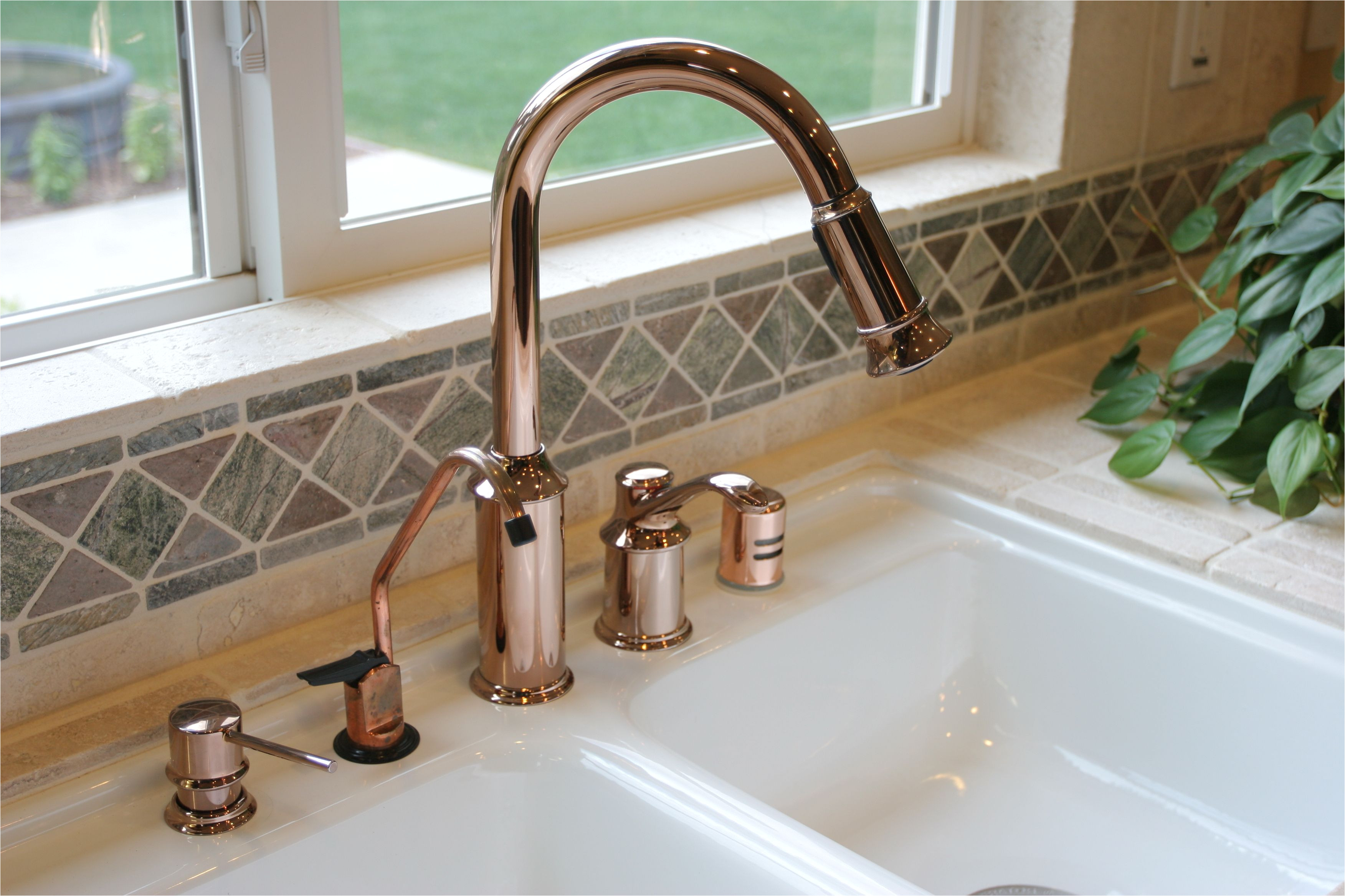 kitchensinksoapdispenser gettyimages 91206440 59e82279054ad90011101a01 jpg