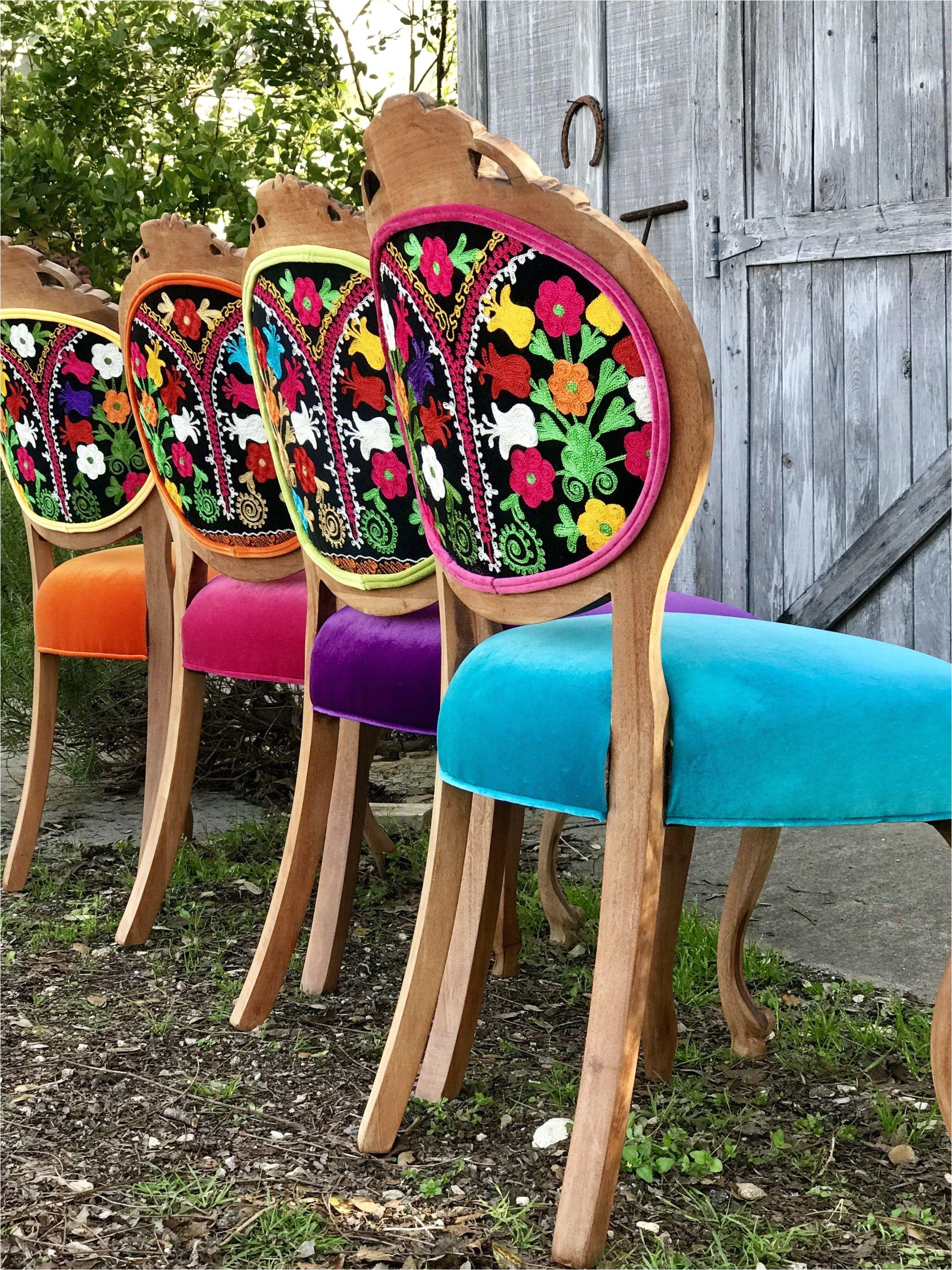 designing the gypsy look the chair stylist decoracia n de comedor muebles vintage disea o