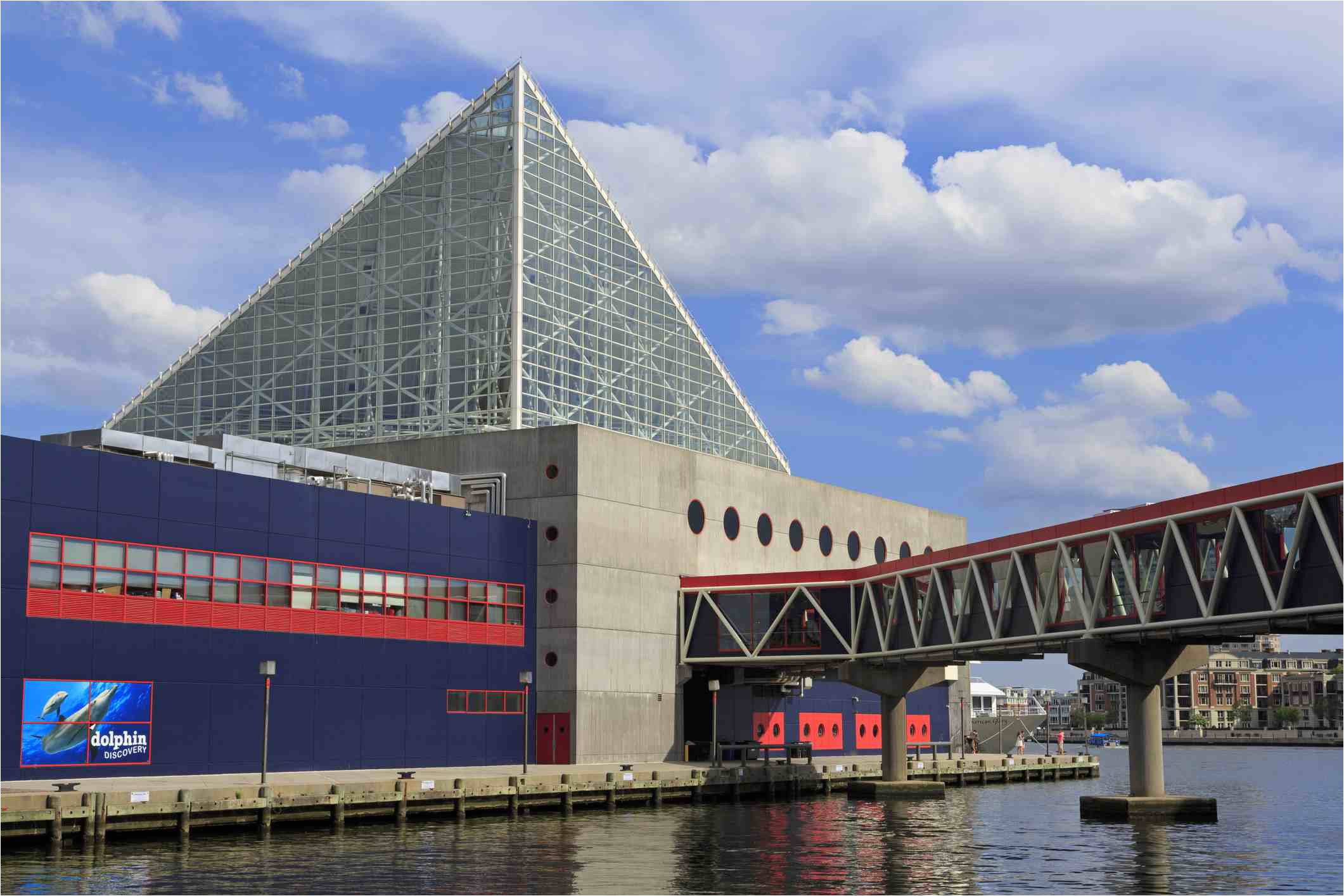 national aquarium in baltimore maryland