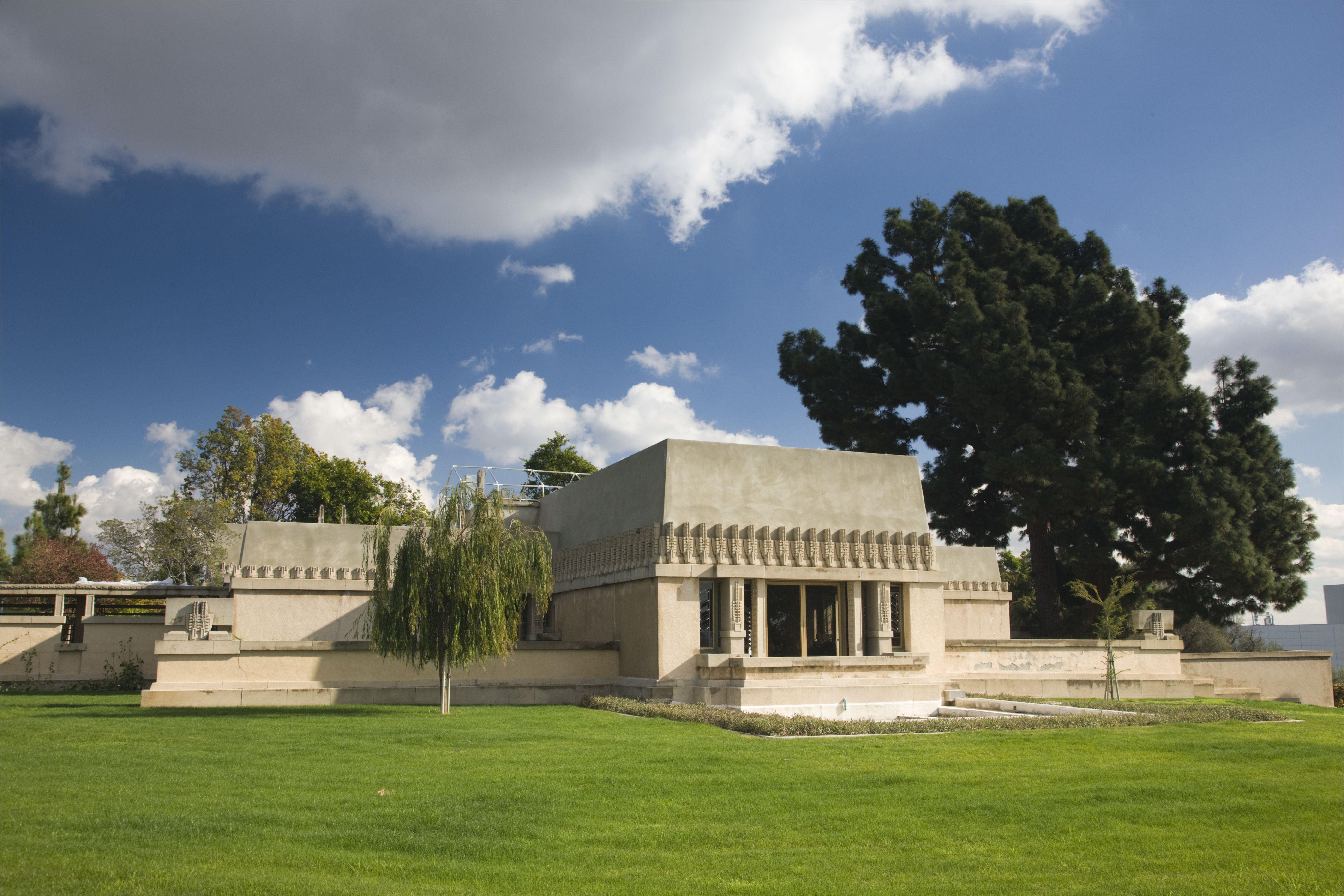 usa california los angeles loz feliz neighborhood barnsdall art park hollyhock house designed by frank lloyd wright b 1919 529393398 57cf58c35f9b5829f4a729ea jpg