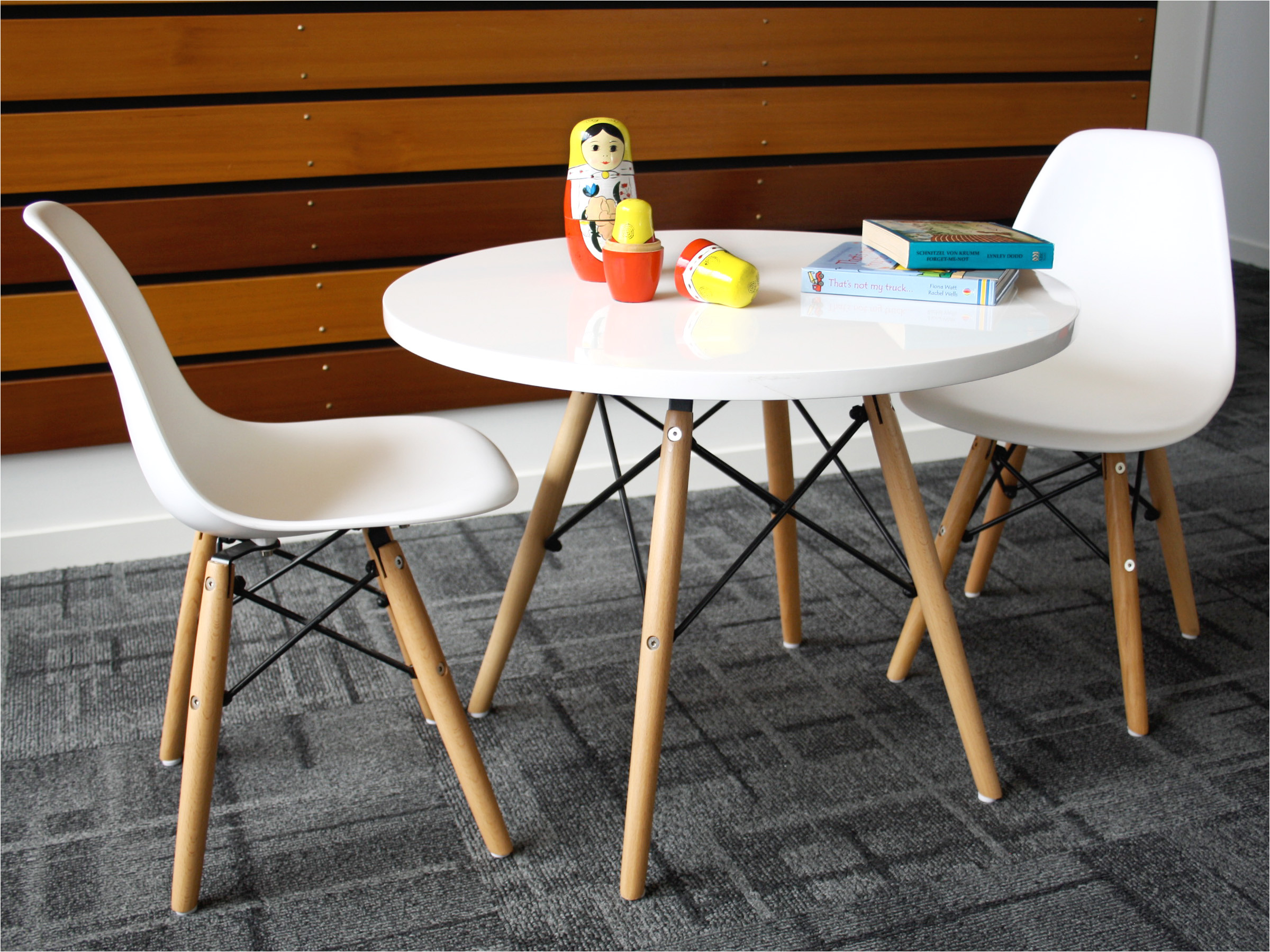 mocka belle table and chairs 8 jpg
