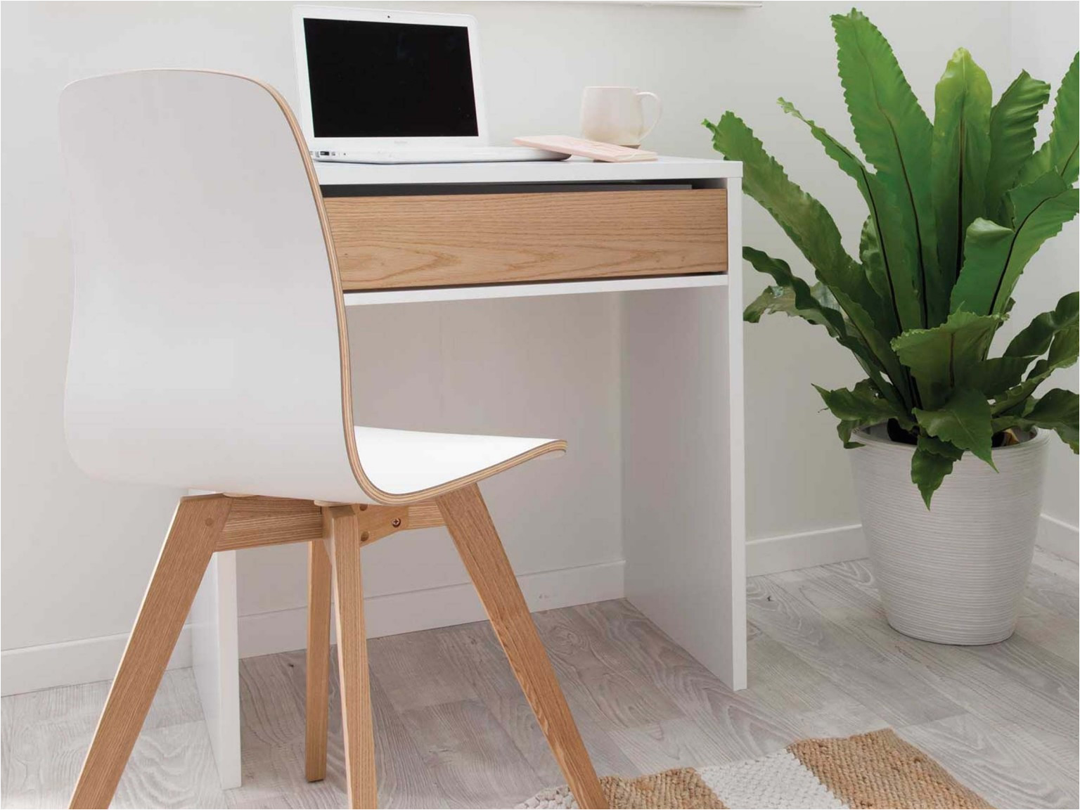 jordi desk white natural