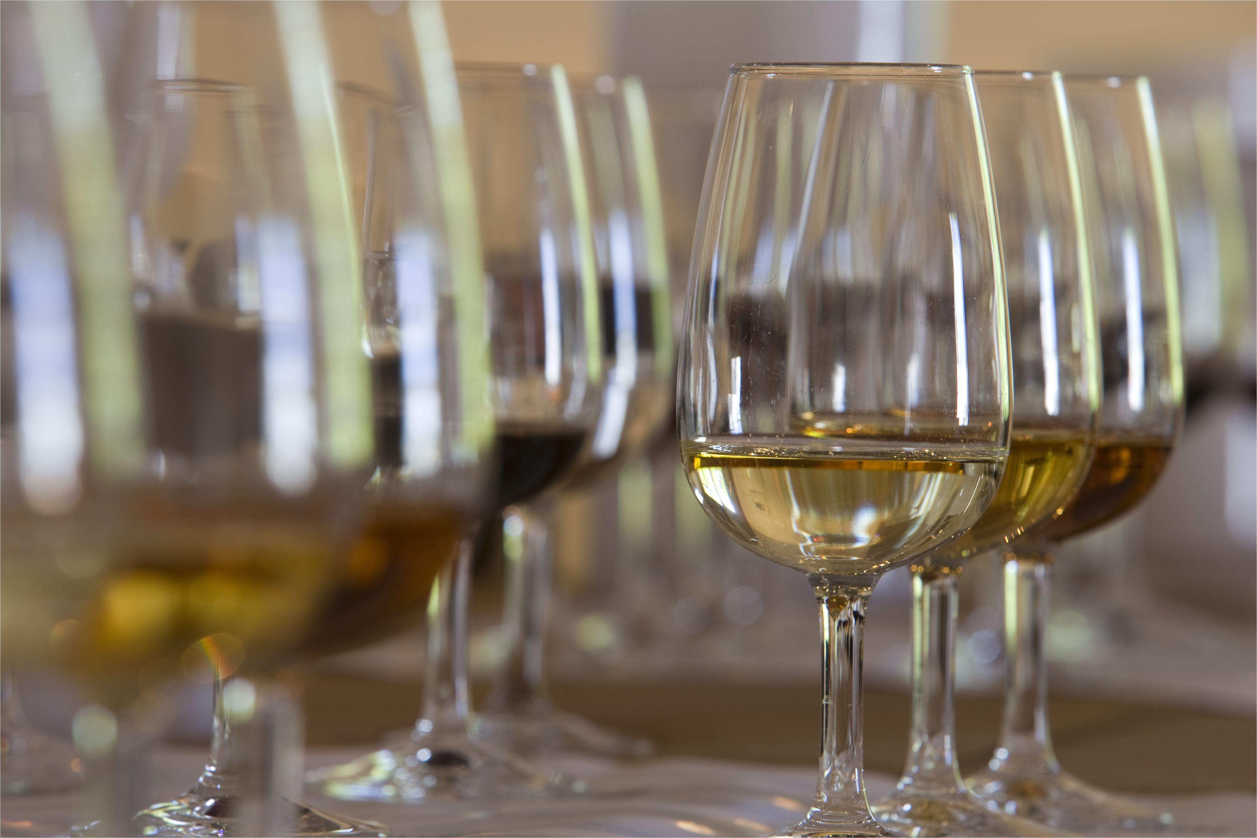 sherry tasting at bodega tio pepe gonzales byass 148507405 590c882c5f9b5864701041e5 jpg