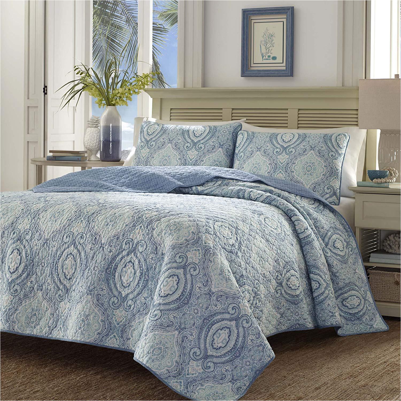 amazon com tommy bahama 220637 turtle cove caribbean quilt set king harbor blue home kitchen