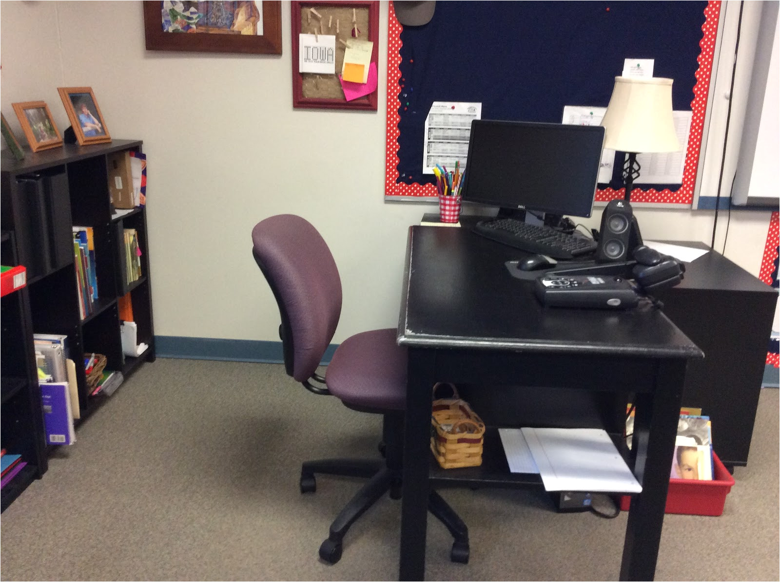 students come up to it and don t need to see a mess i have learned to keep bare minimum in this area the bookshelves and desk and two drawer cabinet are