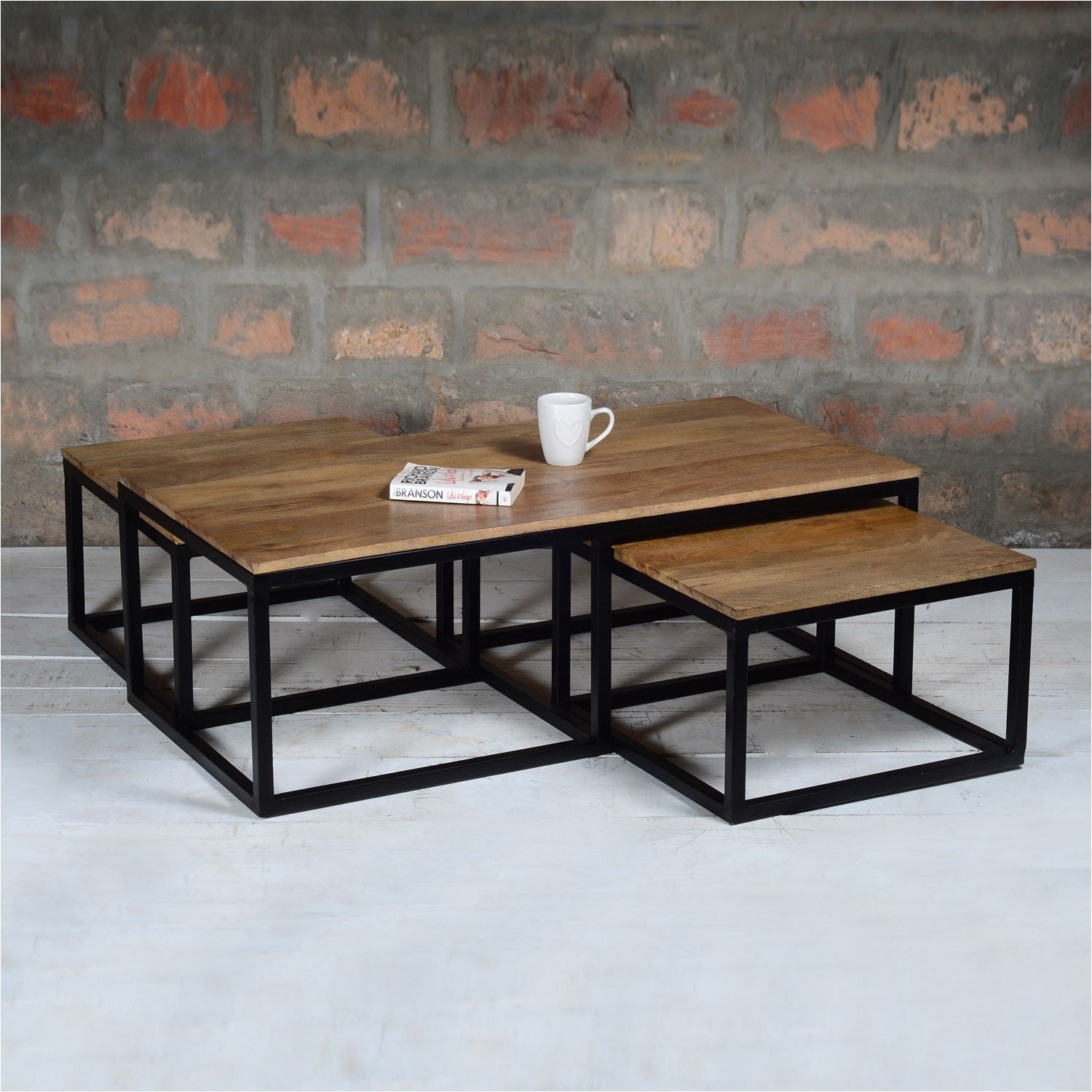 suri industrial nest of 3 coffee tables in mango wood and metal amazon co uk kitchen home