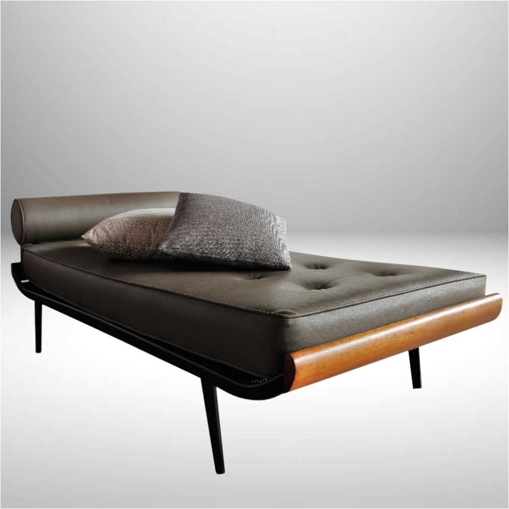 cleopatra daybed by dick cordemeijer for auping 1950s