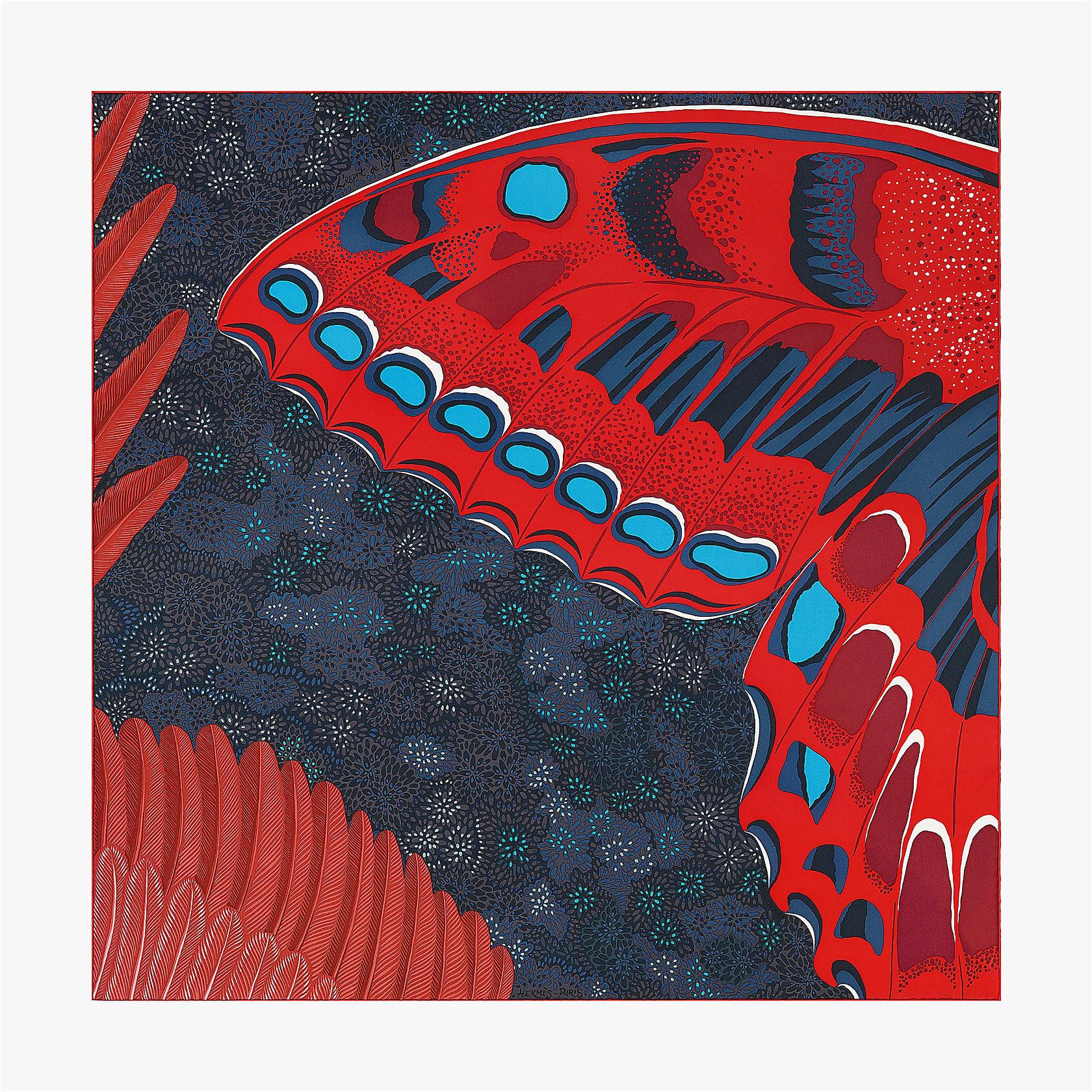 l esprit de la foret scarf 90 003226s 2006 front 1 300 0 1680 1680 jpg