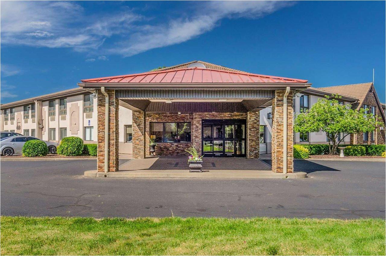 comfort inn suites 104 i 1i 2i 2i prices hotel reviews west springfield ma tripadvisor