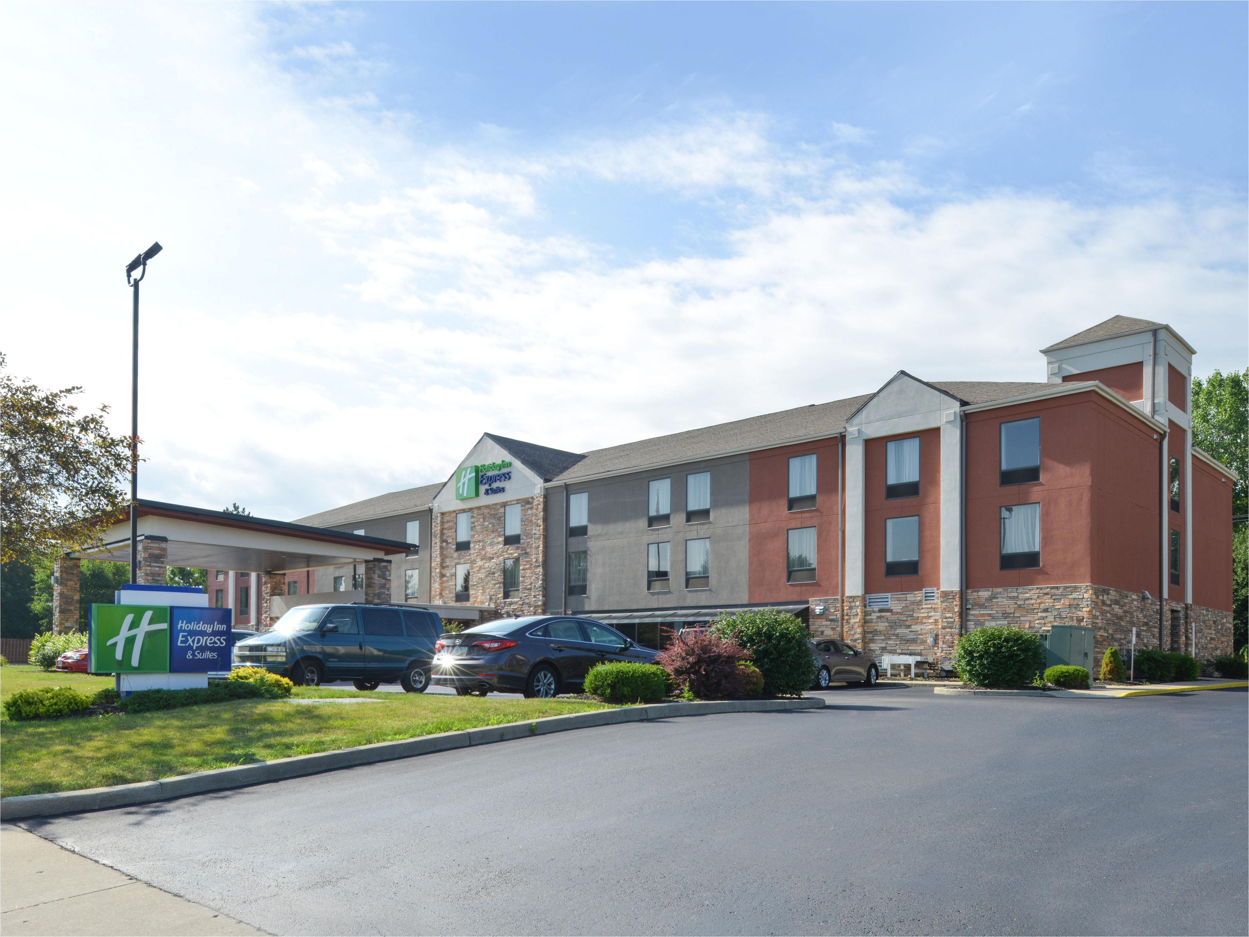 holiday inn express and suites huber heights 4690529443 4x3