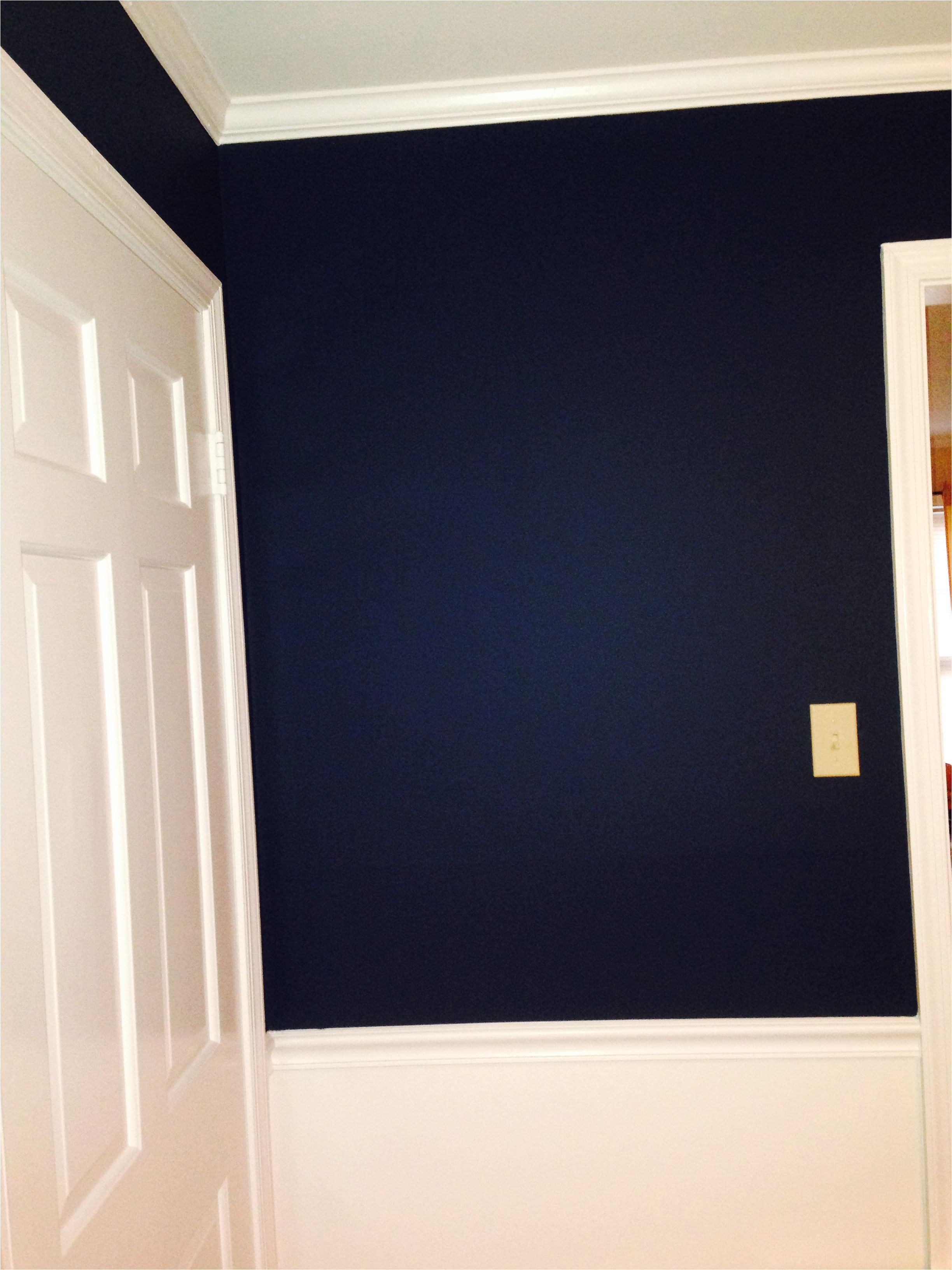 wall color is washington blue by benjamin moore cw 630 and harwood putty cw 5