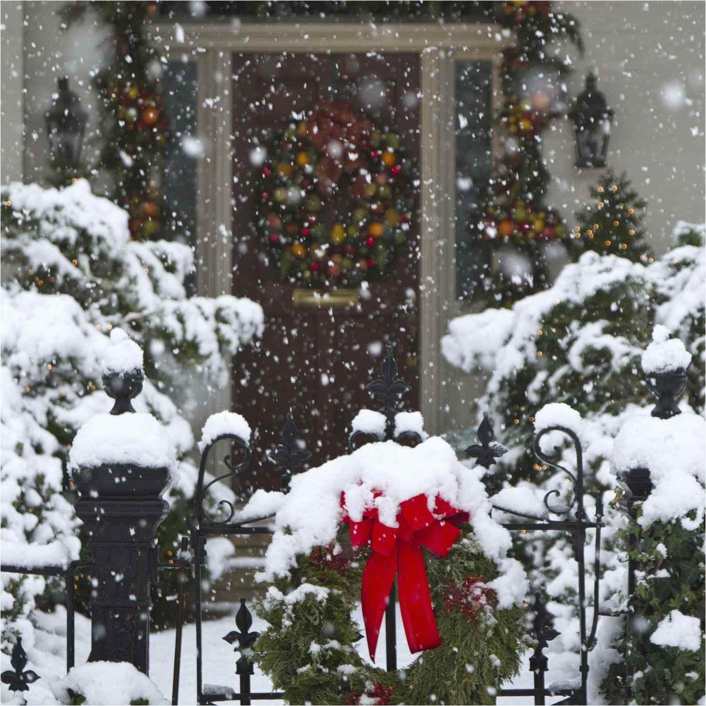 christmas wreaths covered with snow huntsville alabama usa
