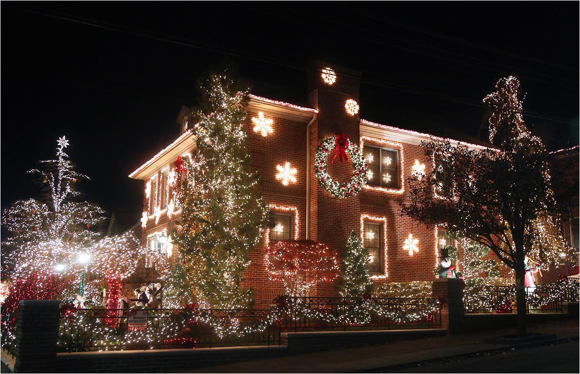 Christmas Light Displays Wichita Ks 2019 the Best Christmas Light Displays In Every State