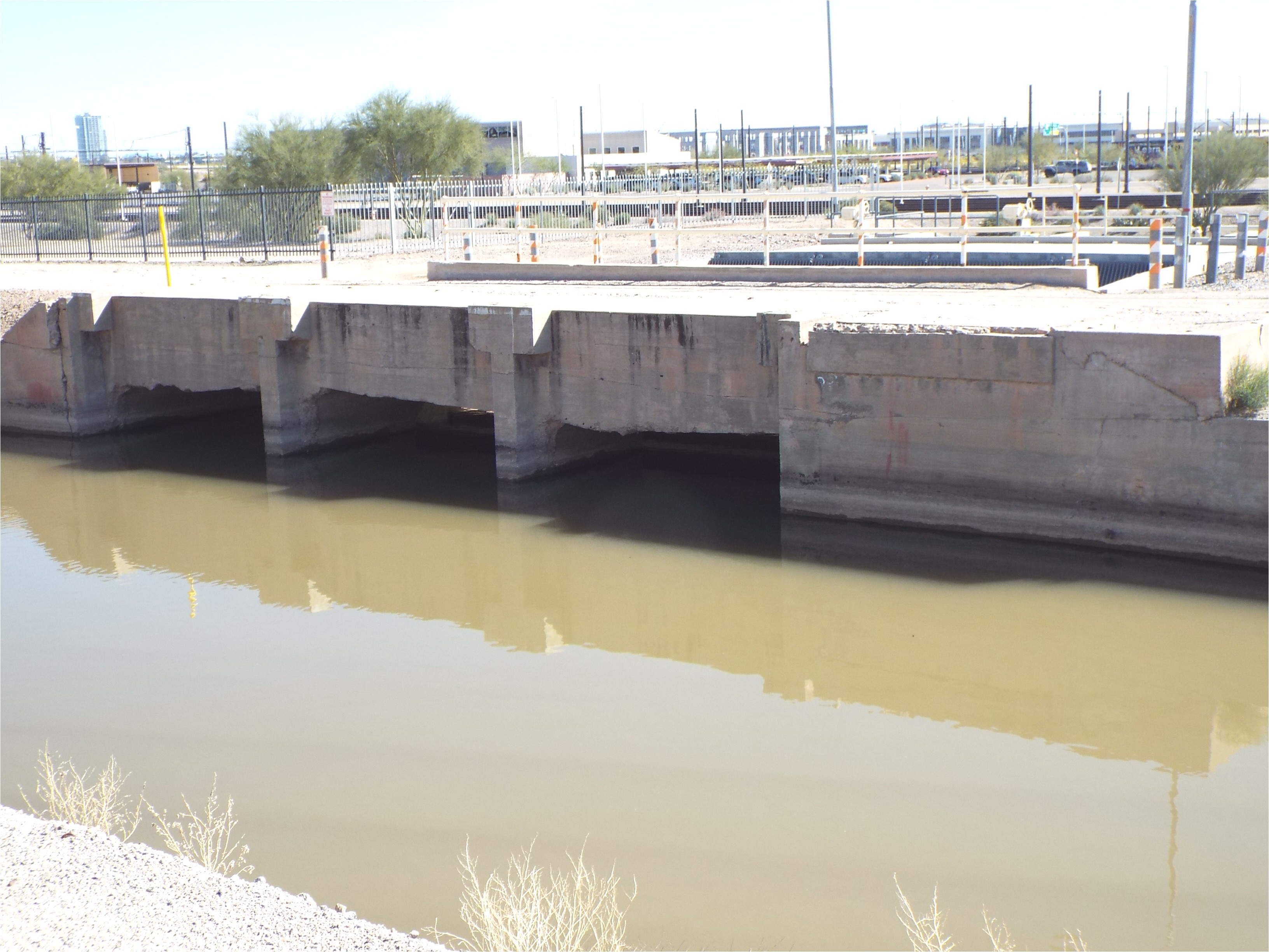 it is located near the end of 48th street on a parcel owned by the city of phoenix