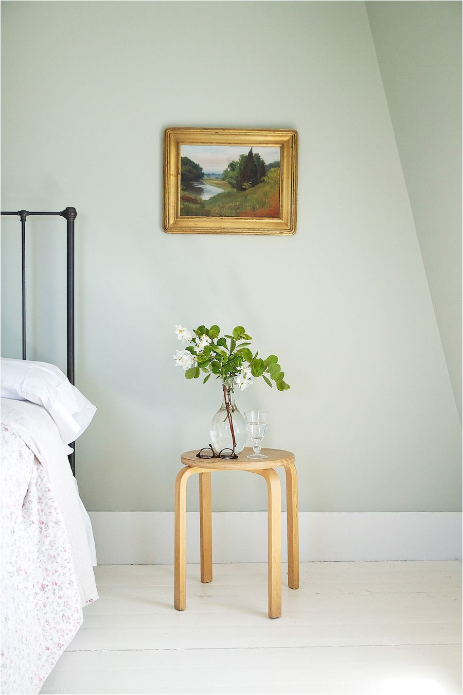 Cromarty Farrow and Ball Bedroom Cape Cod Summer Bedrooms Refreshed with Farrow Ball Paint Walls
