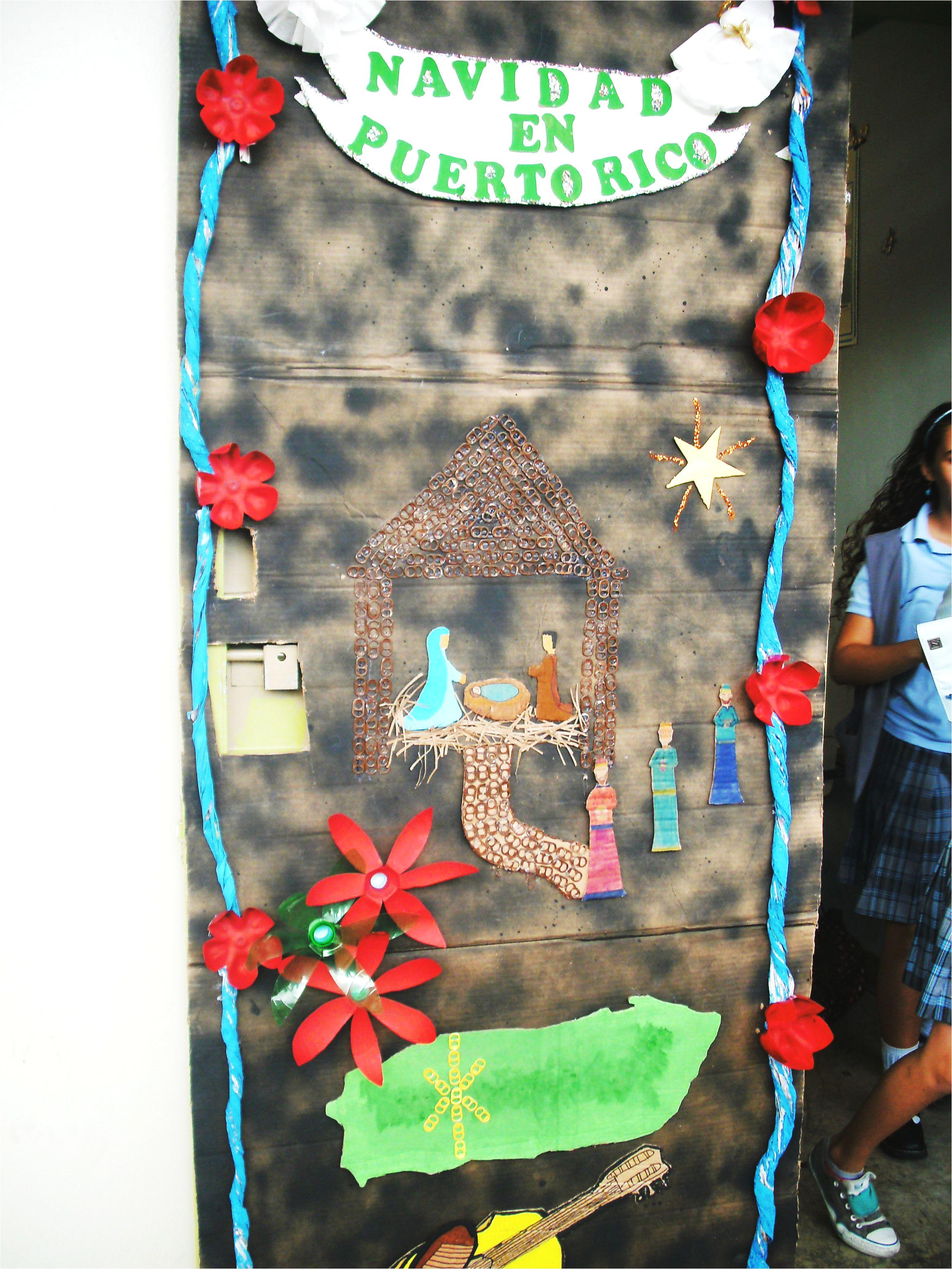 stunning decoracion de puertas en la navidad el global en puerto rico with decoracion puertas navideas