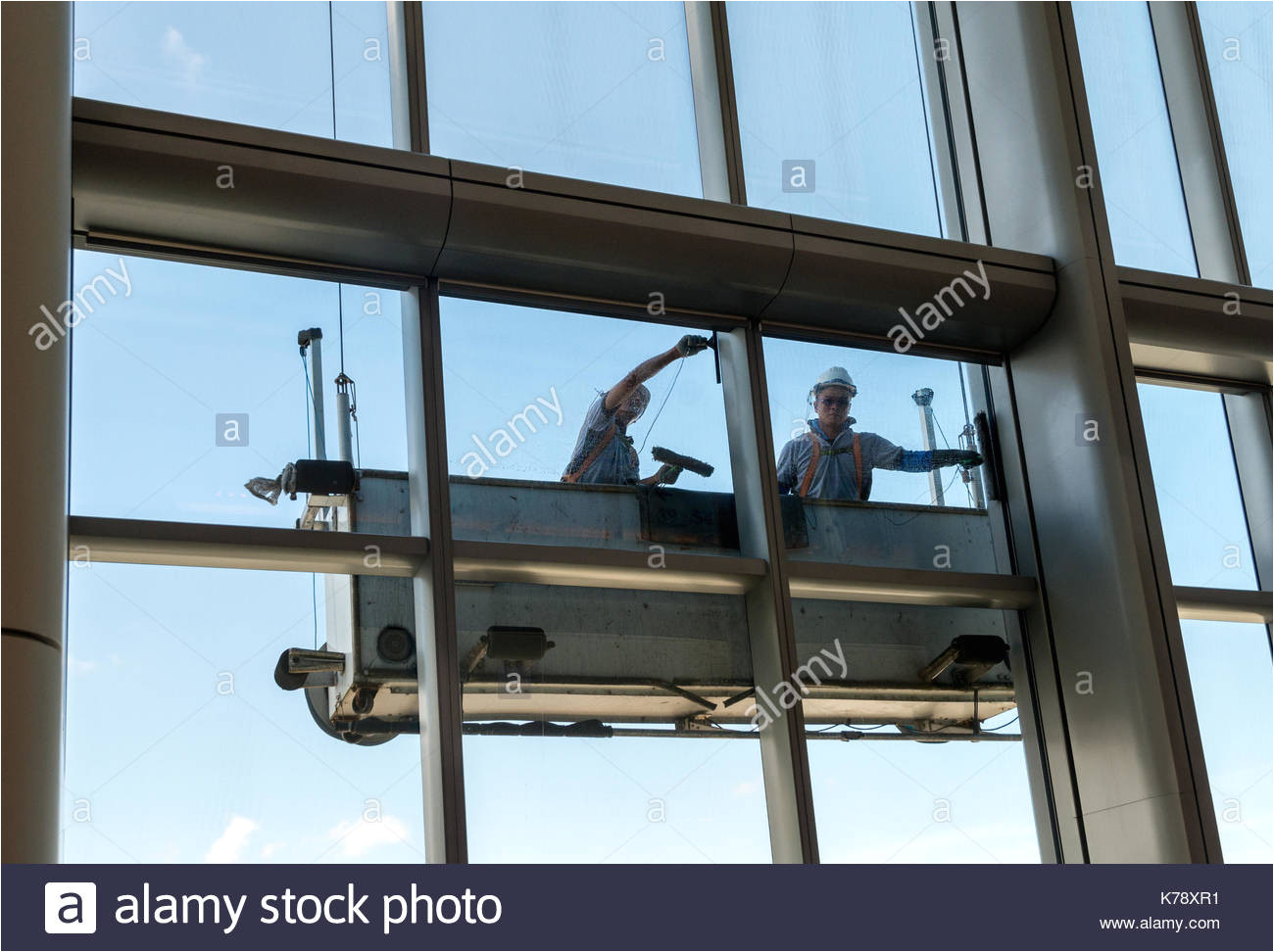 high rise window cleaning at taikoo hong kong jayne russell alamy stock photo