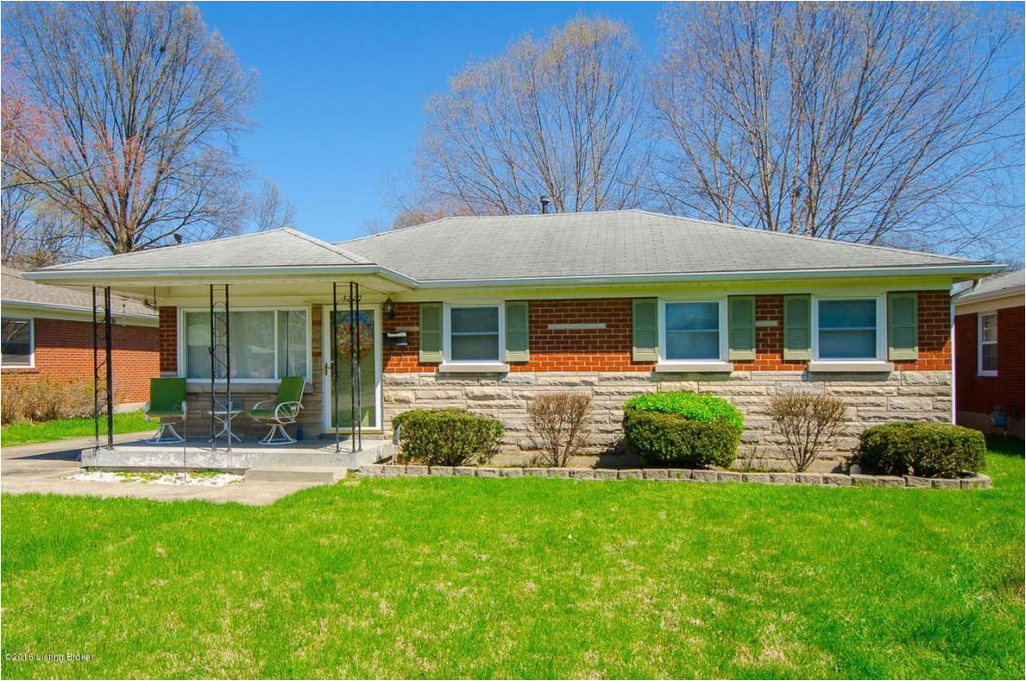 residential property for sale in louisville ky mls 1443666 learn more from the elizabeth monarch group welcome home to this beautiful brick ranch
