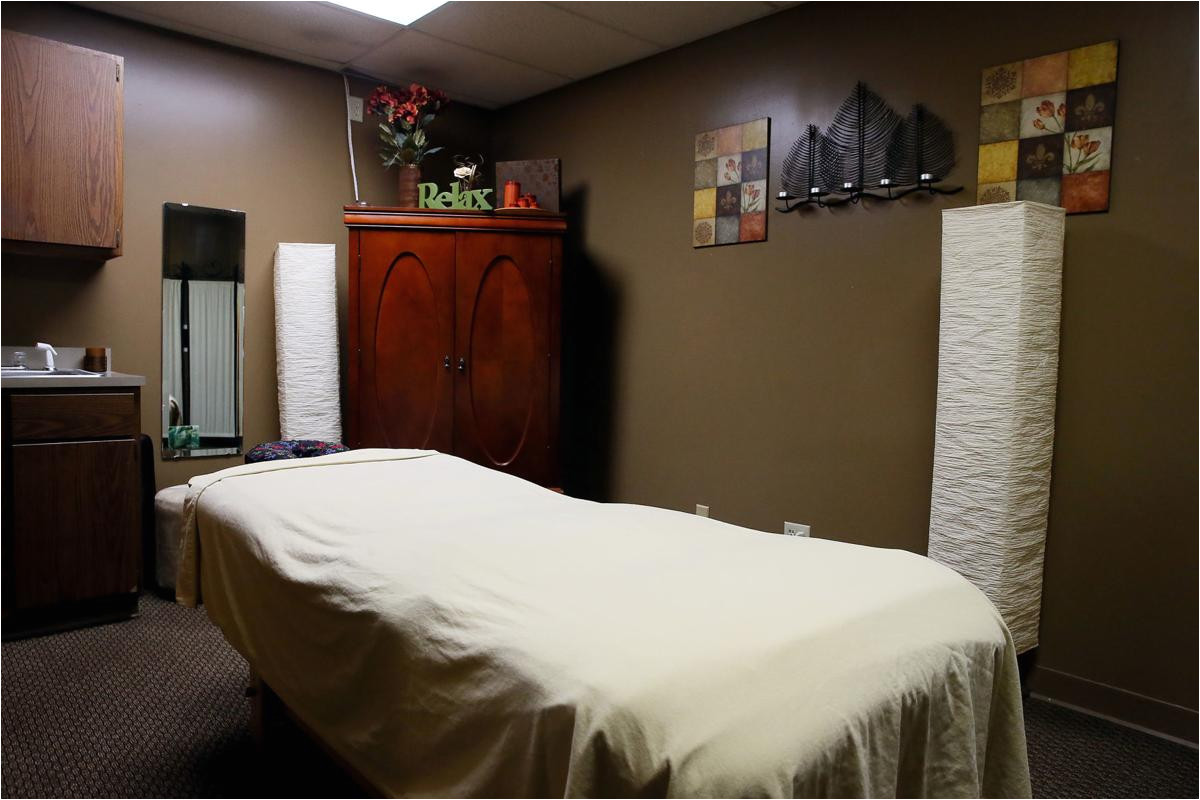 davenport massage therapist illegal massage parlors take away from the legitimacy of the business government and politics qctimes com
