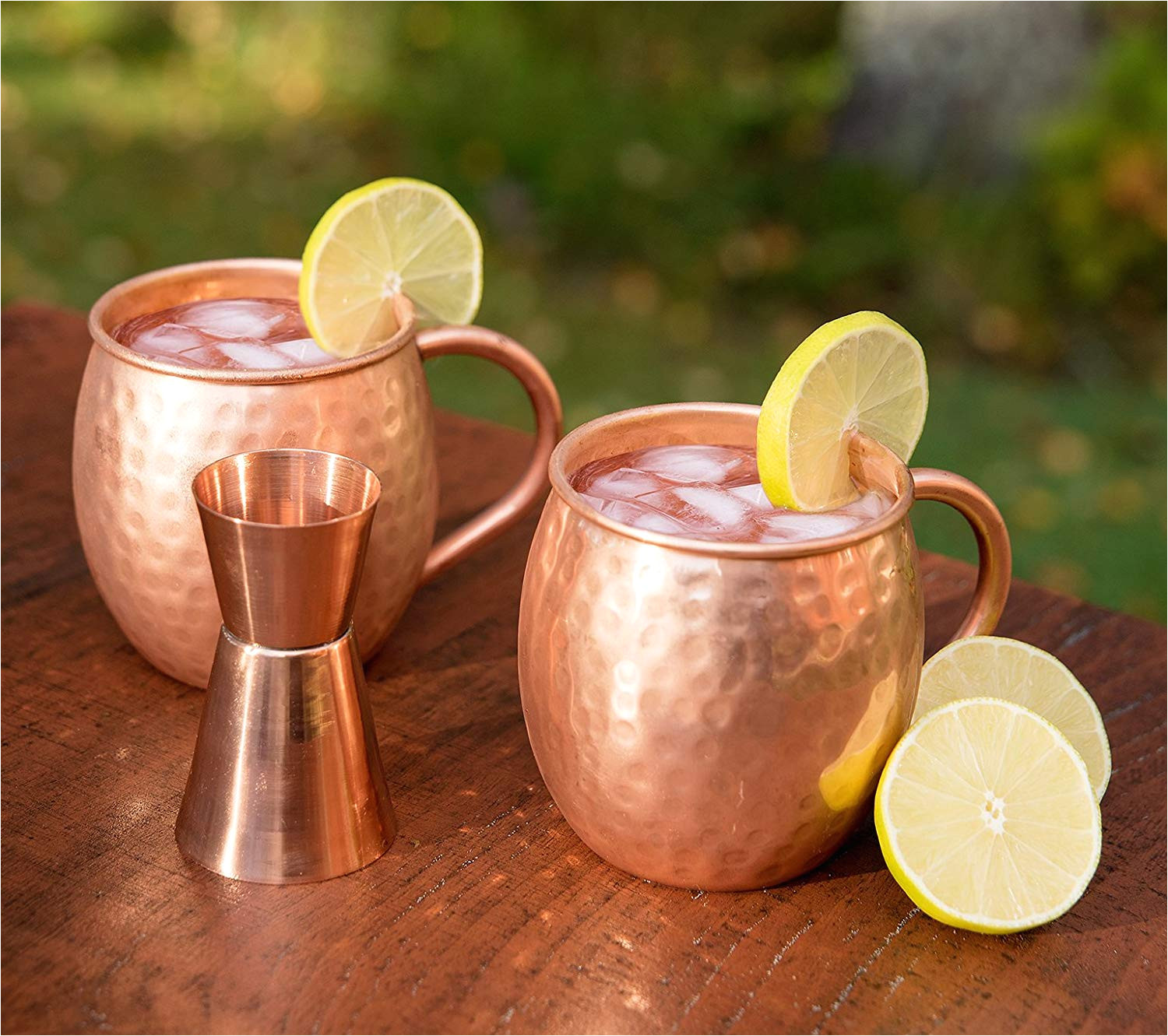 naava moscow mule becher set 2 kupfer becher geschenk set fur damen herren perfekt fur partys drinks an der bar gratis shot jigger amazon de