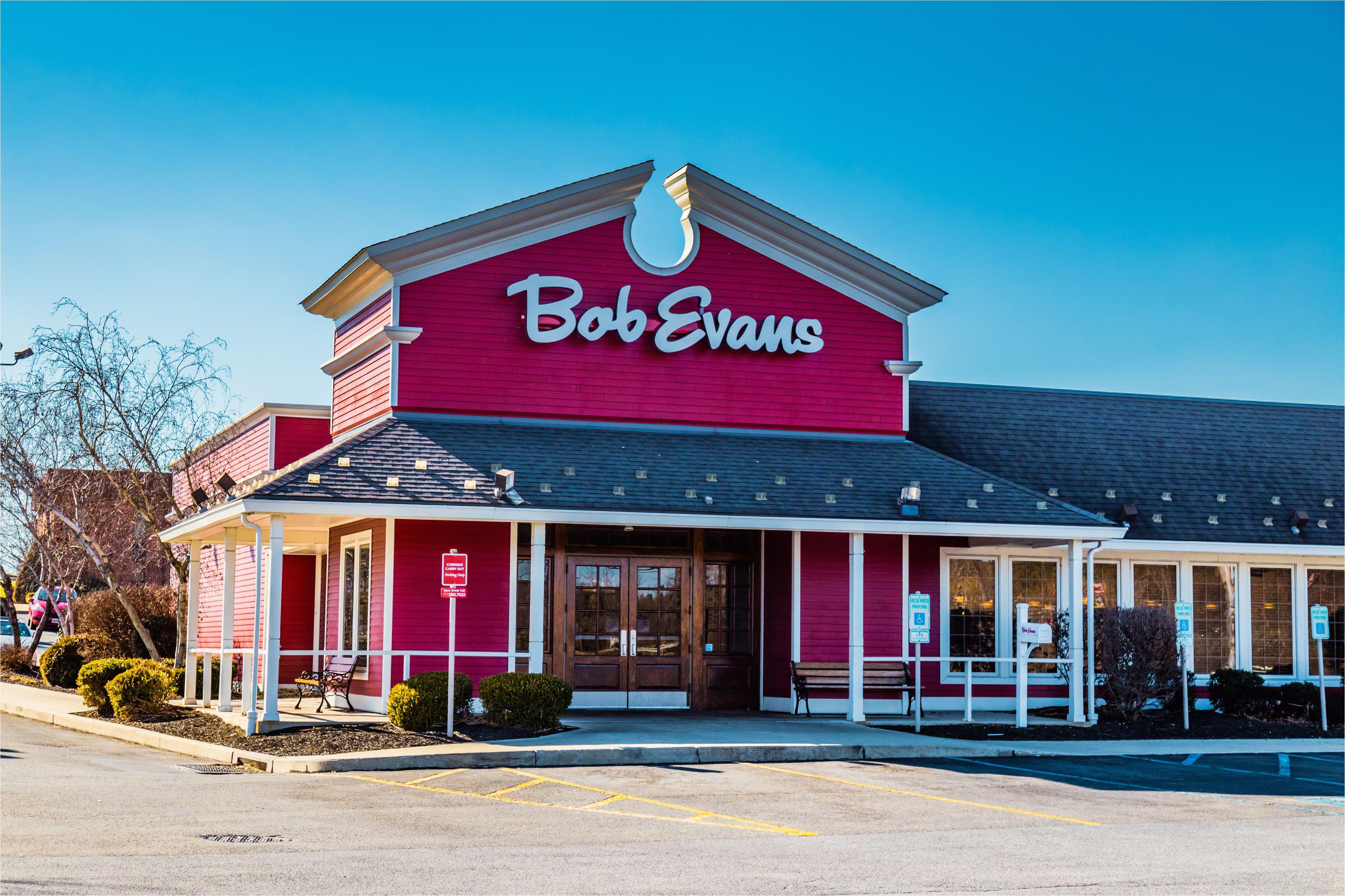 bob evans restaurant entrance 894165918 5bd49b6046e0fb0051f63133 jpg