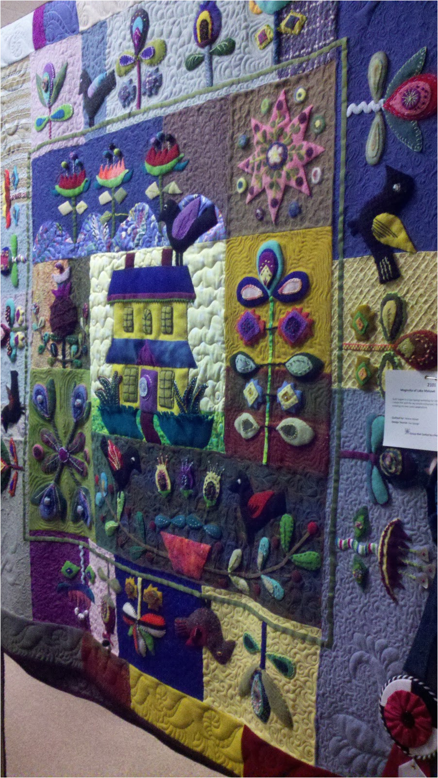 was terrific lots of beautiful quilts such a talented group if you missed it here are a few of my favorites that i took pictures of