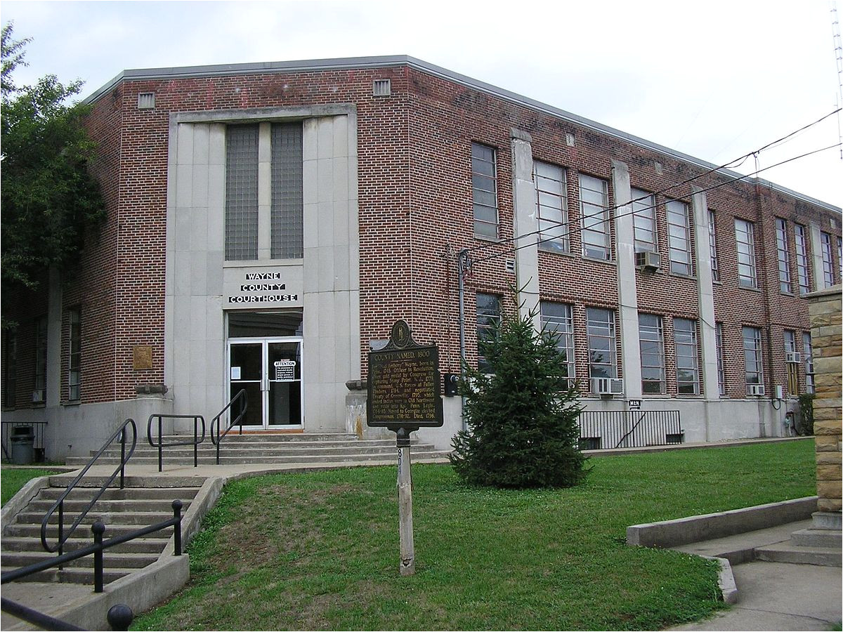 1200px wayne county kentucky courthouse jpg