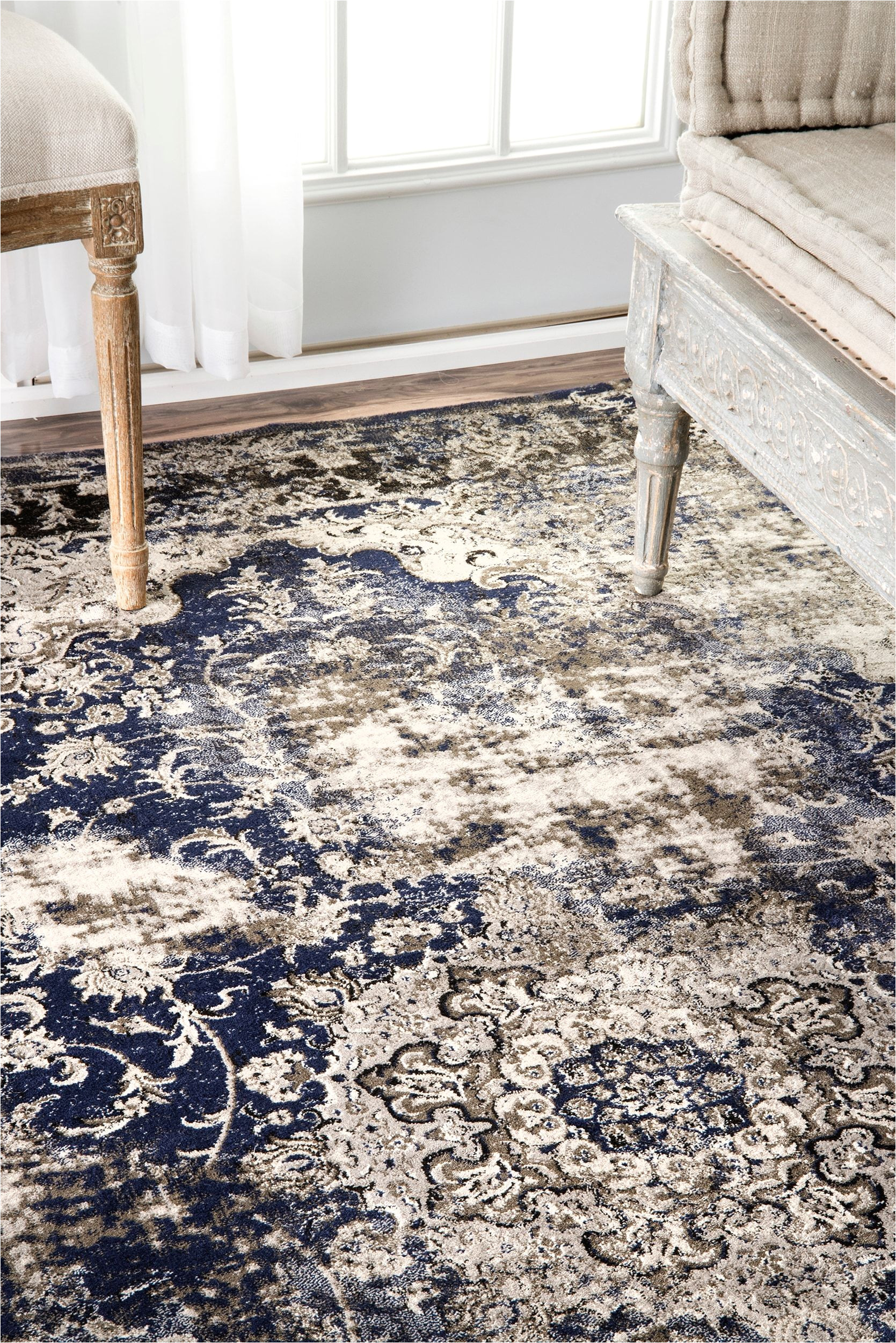 rugs usa arabella faded crowned rosette rug