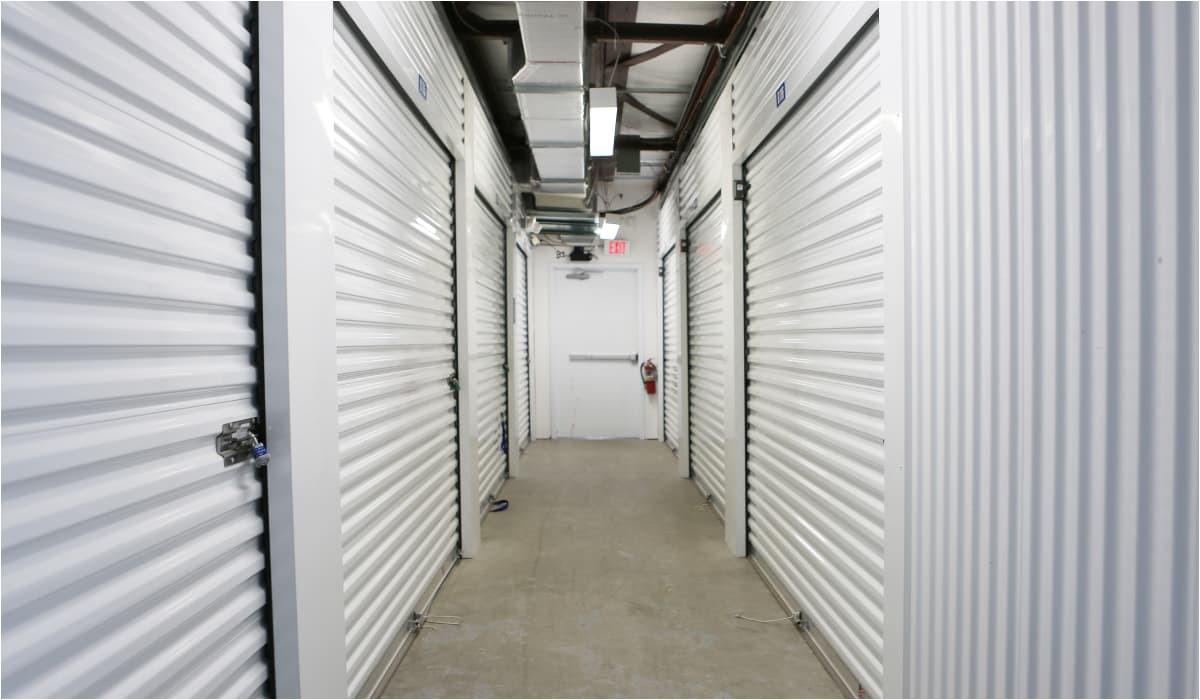 florida interior units at storesmart self storage in spring hill