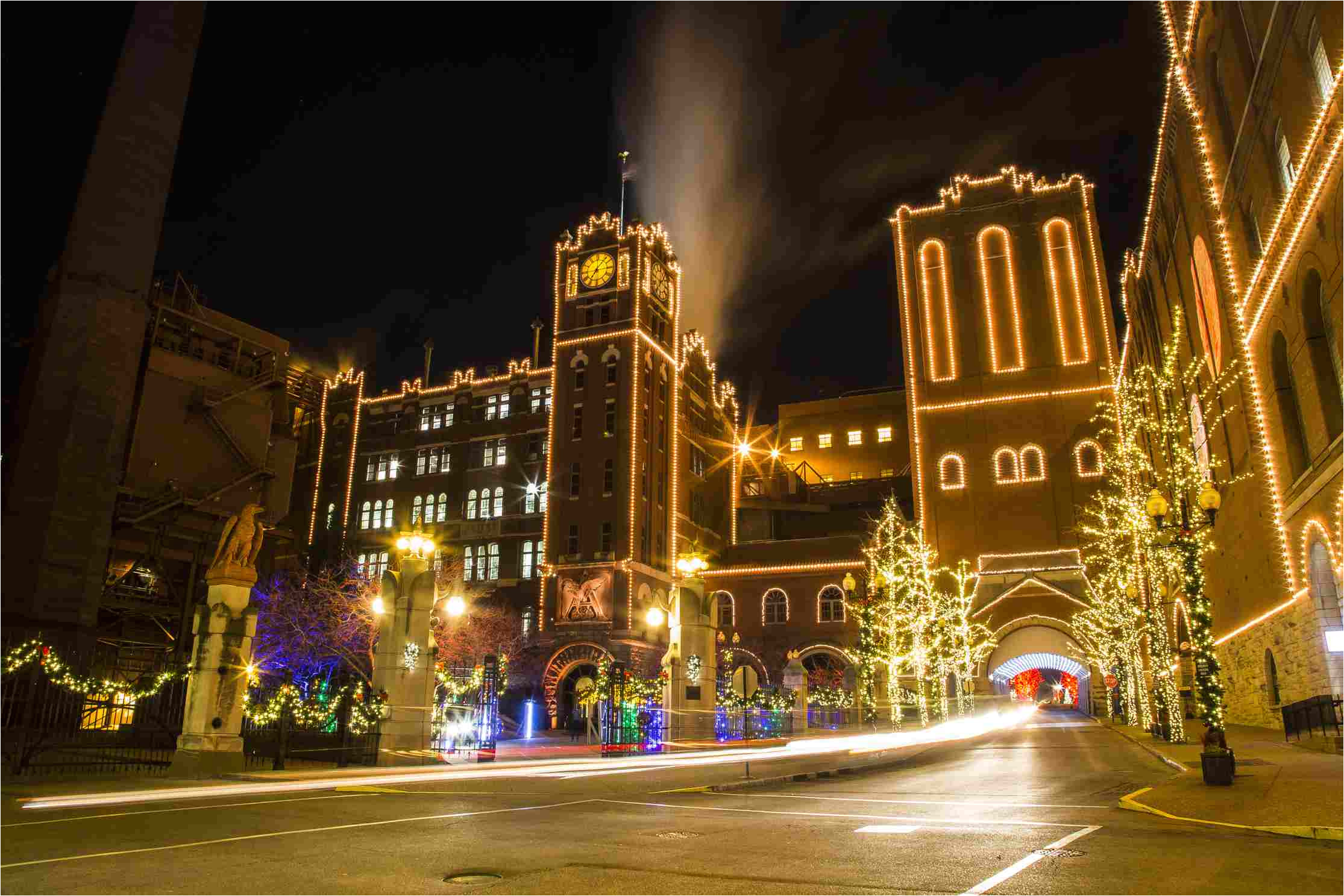 brewery lights celebration at budweiser brewery in st louis