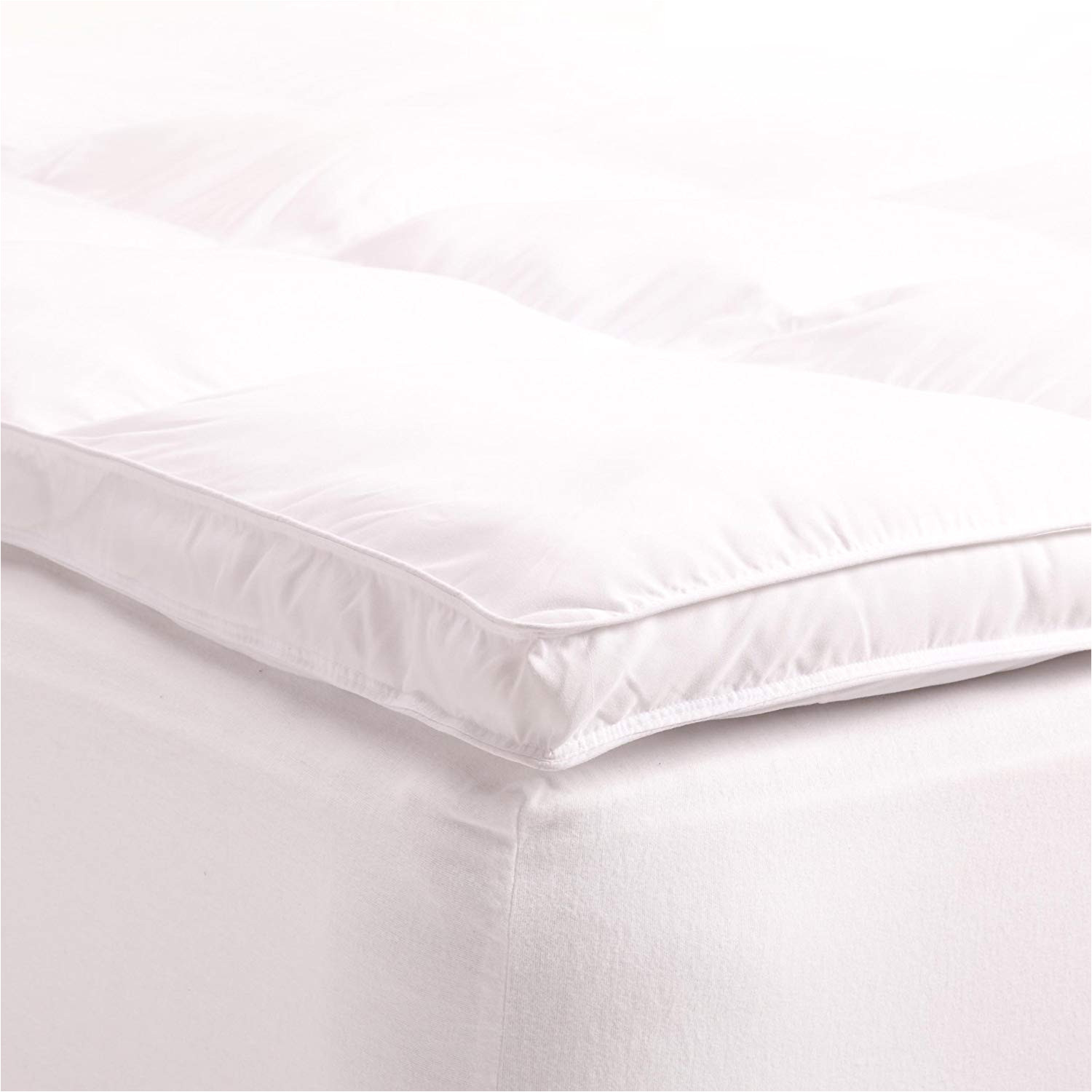 amazon com superior twin mattress topper hypoallergenic white down alternative featherbed mattress pad plush overfilled and 2 thick home kitchen