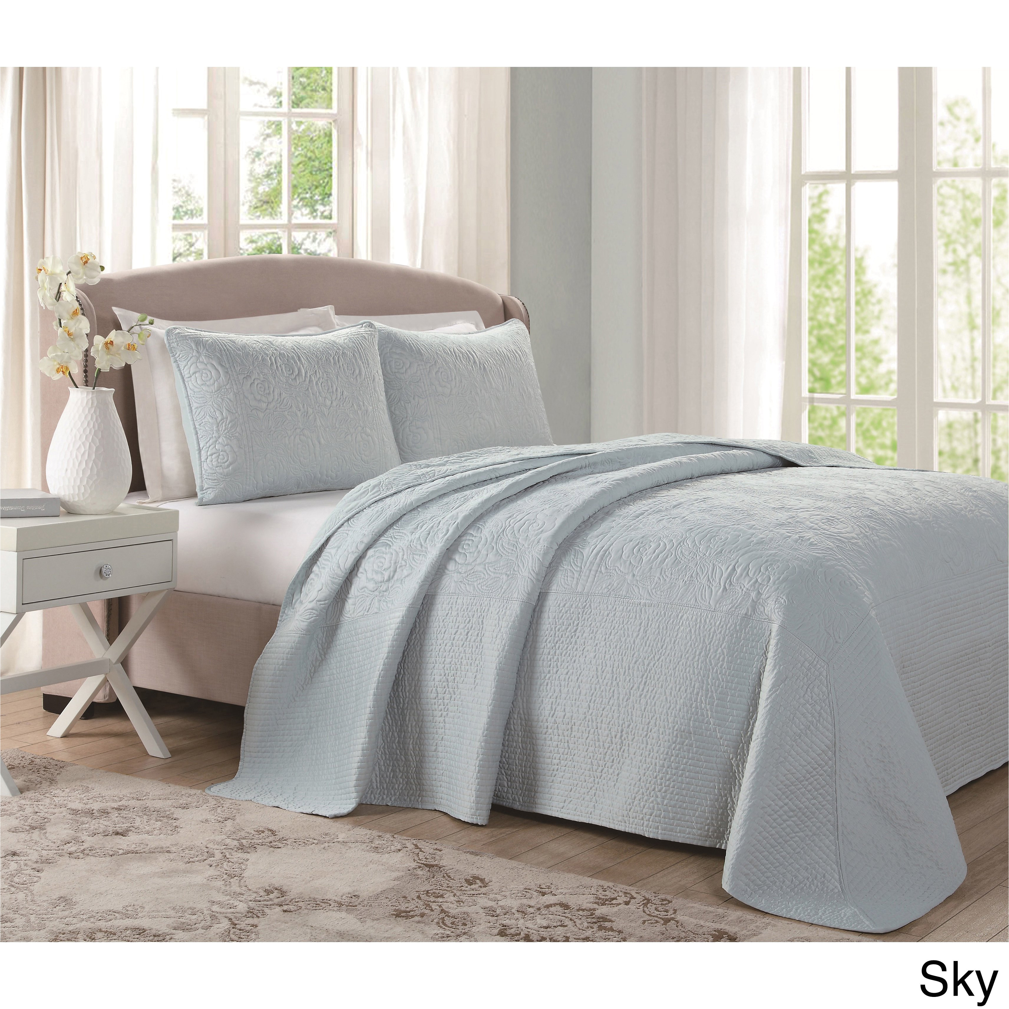 shop laura ashley silky satin quilted bedspread free shipping today overstock com 12032875
