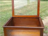 Amish Country Furniture Sugarcreek Ohio Display Show Case Table top Lift Lid original Finish Antique 1900