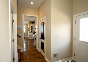 Benjamin Moore Color Powell Buff Monroe Bisque Benjamin Moore Yellow Beige Favorite Paint Colors