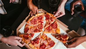 Best Pizza Delivery In Jacksonville Nc How Much to Tip Pizza Delivery Drivers
