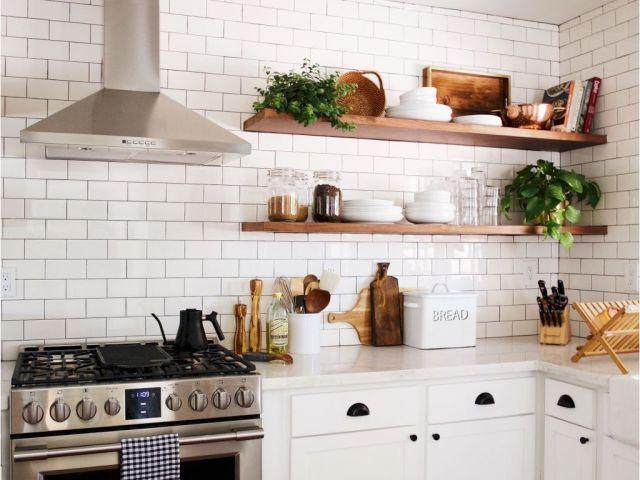 Download by sizeHandphone ... & Butcher Block Floating Shelves Modern Farmhouse Kitchen Decor Ideas ...