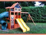 Cedar Summit Spring Valley Deluxe Playset Blog Sam the Handyman Montreal
