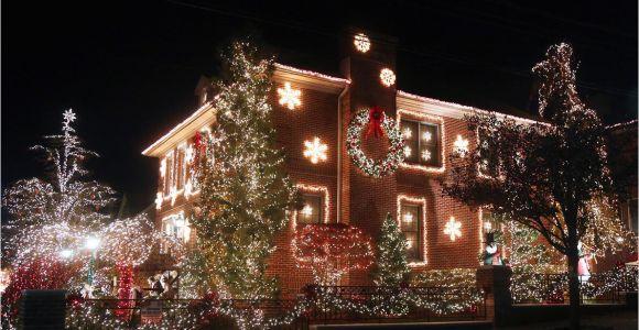 Christmas Light tour Wichita Kansas the Best Christmas Light Displays In Every State