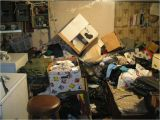 Cleaning A Hoarder S House Obsessive Compulsive Hoarding Disorder Apartment Cleanup